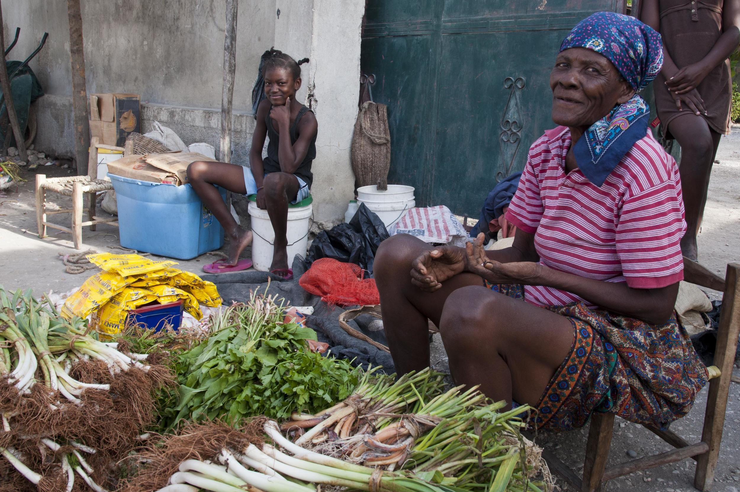 Haiti-market-2.jpg
