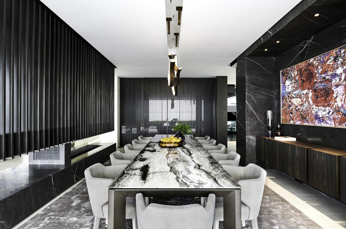 8408 Hillside DINING ROOM.jpg