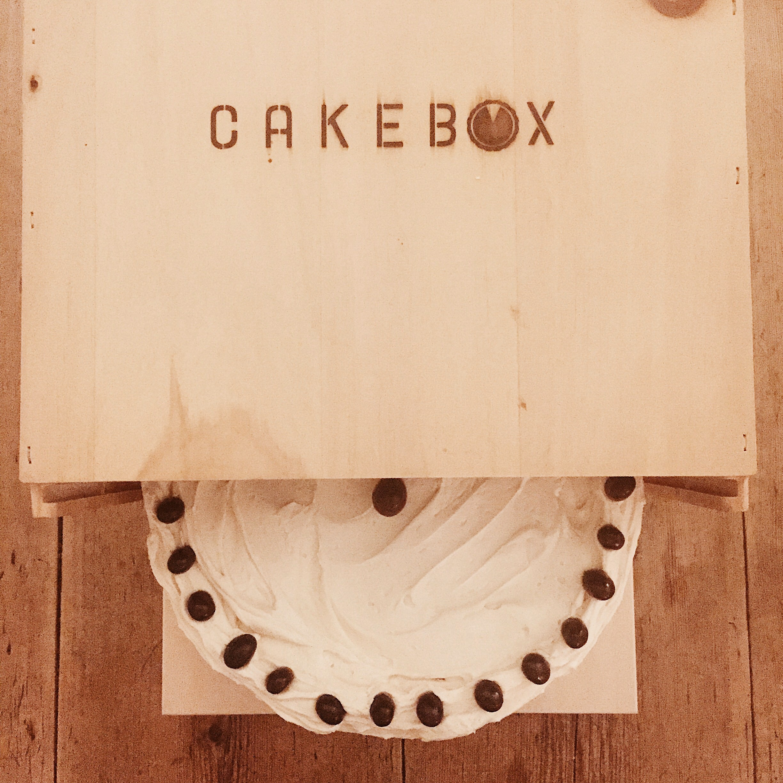 Cardamom Cake with Espresso Buttercream