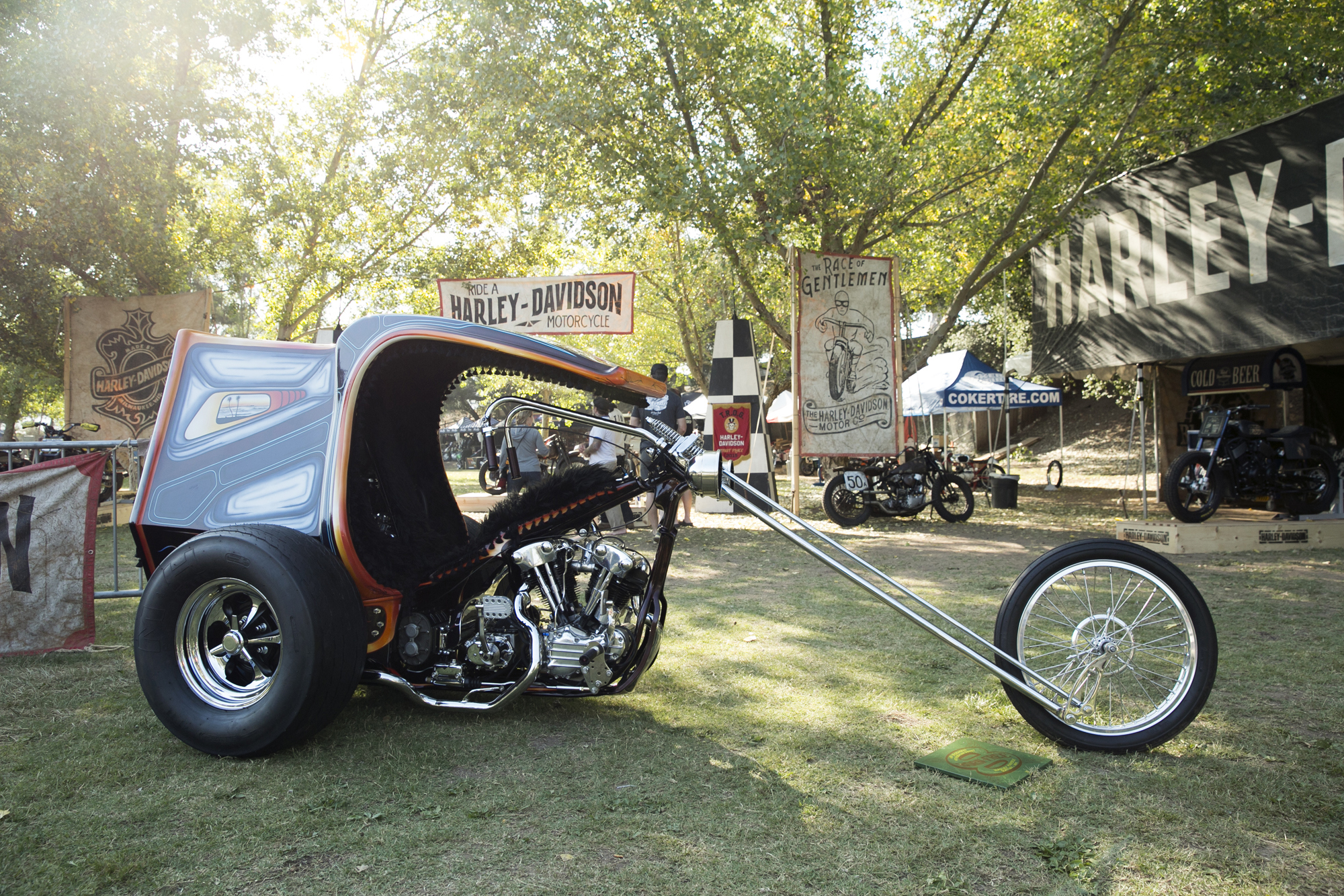 Born Free 8 Motorcycle Show-085.jpg