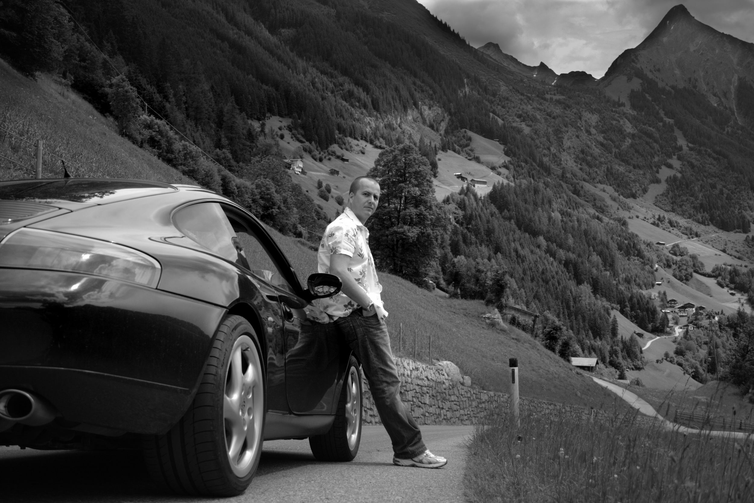 porsche in the mountains