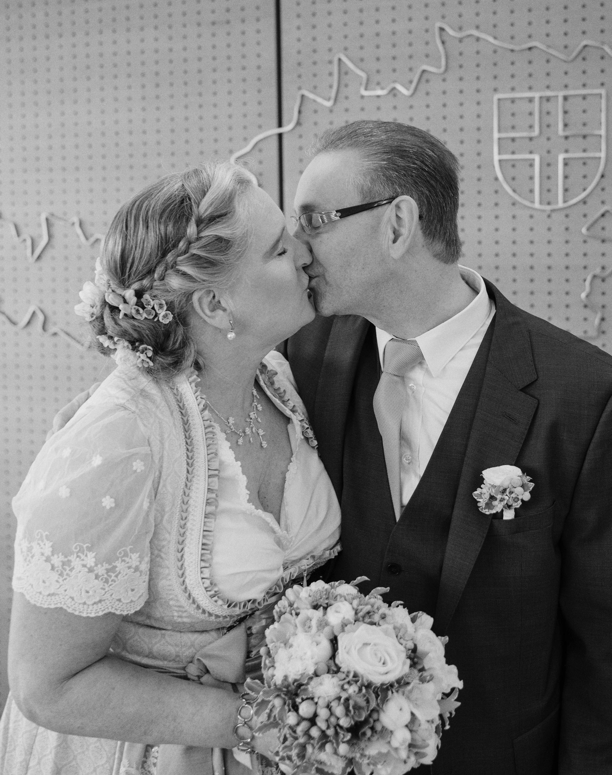 20190212_Hochzeit Koenig_0249-Edit.jpg