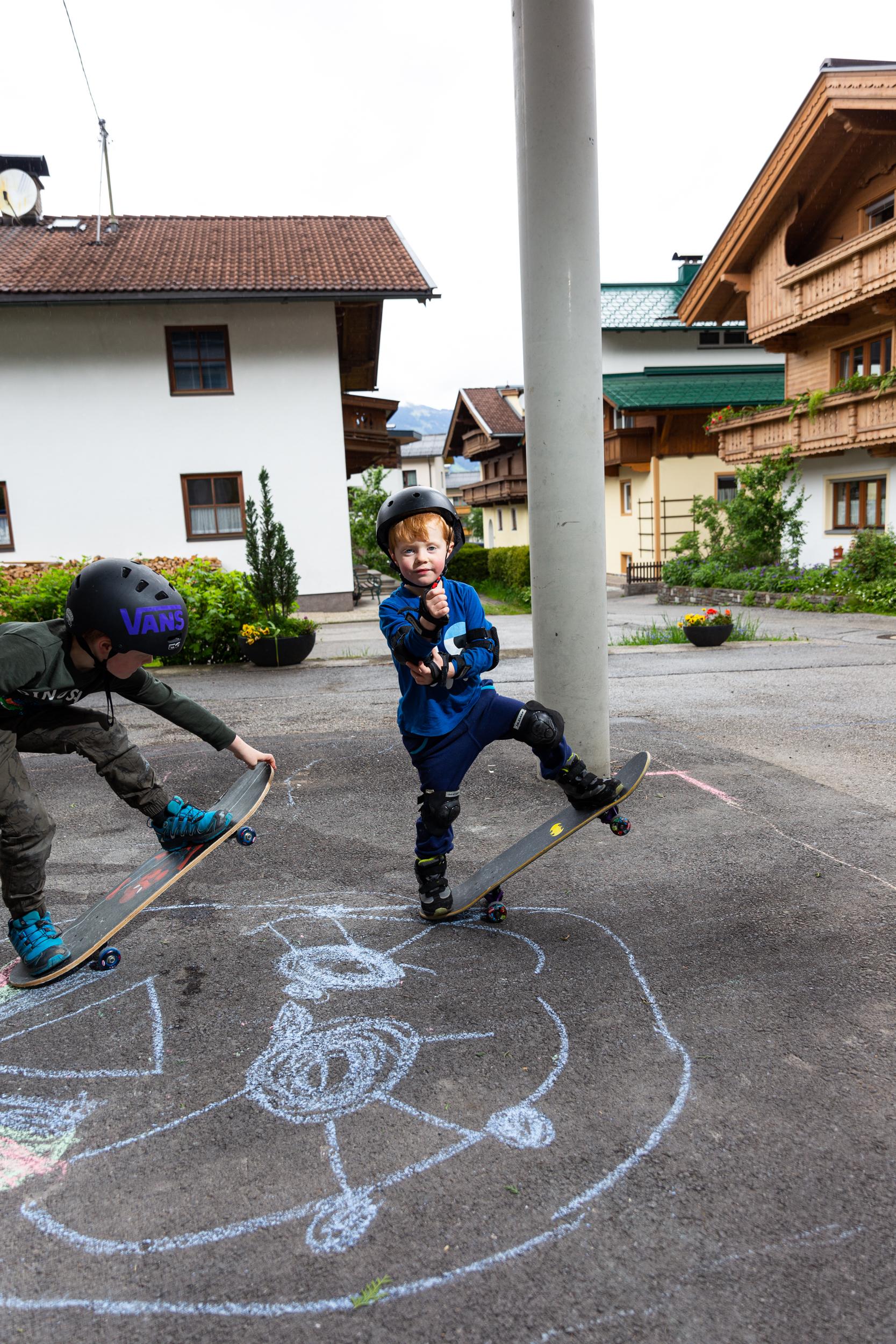skate practice 19_04.jpg