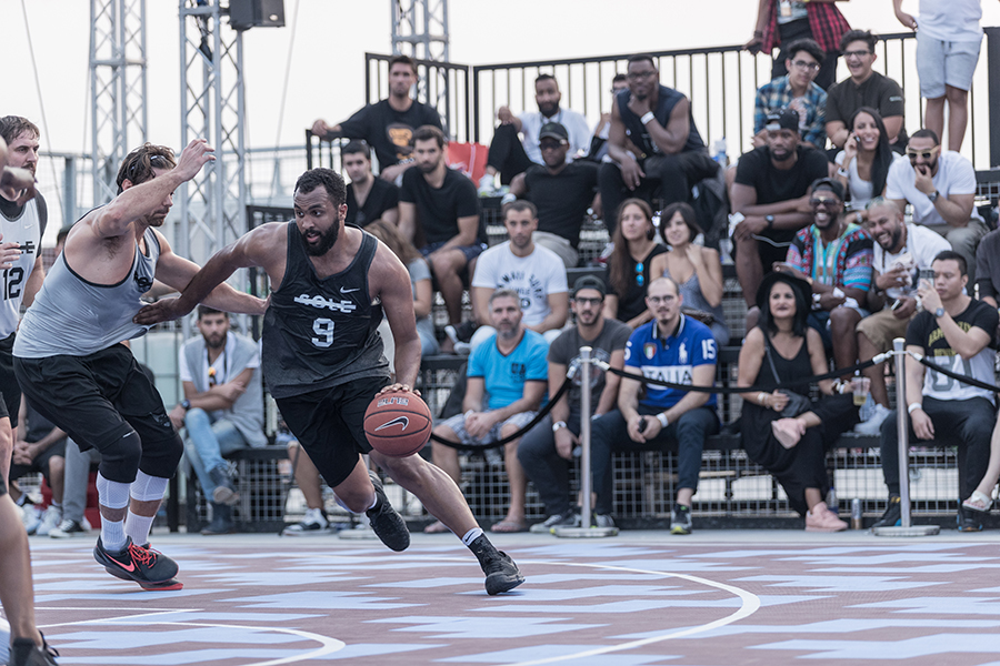 Sole-DXB-Ball-Above-All-©KevinCouliau-7.jpg