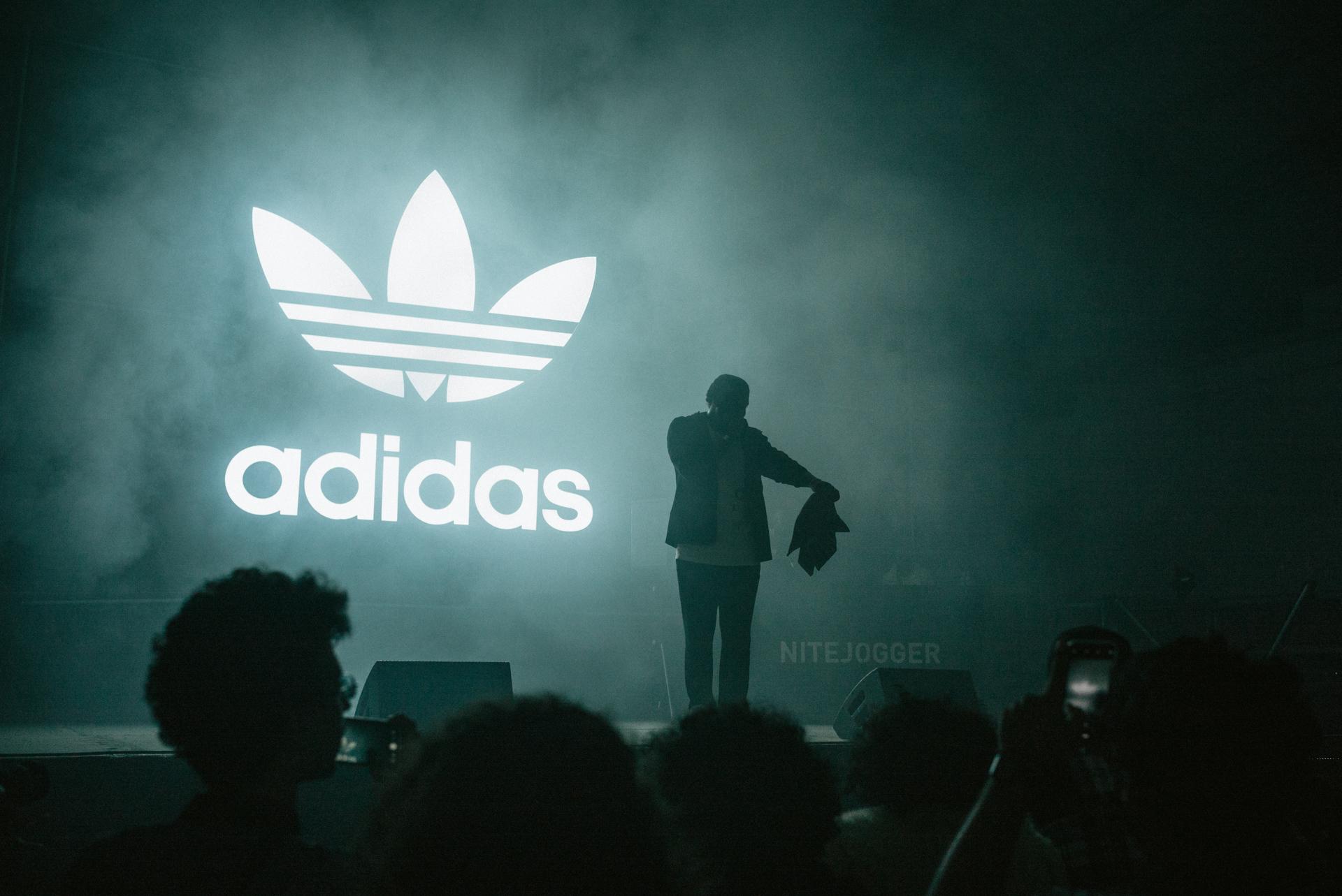 SOLE_Adidas_NiteJogger-2404993.jpg