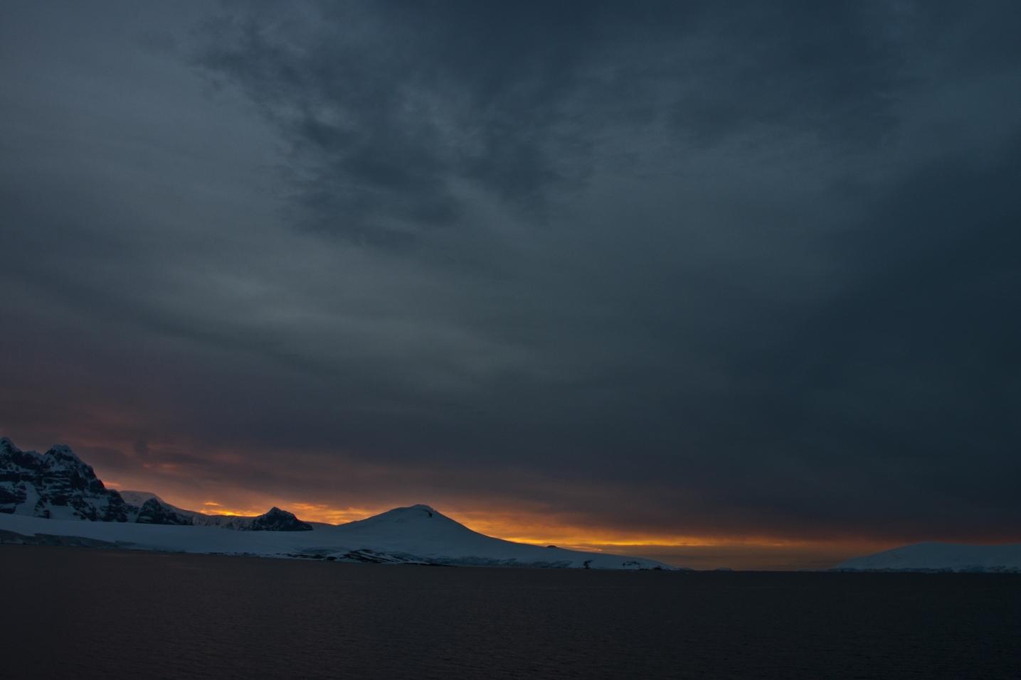 Night in Antarctica