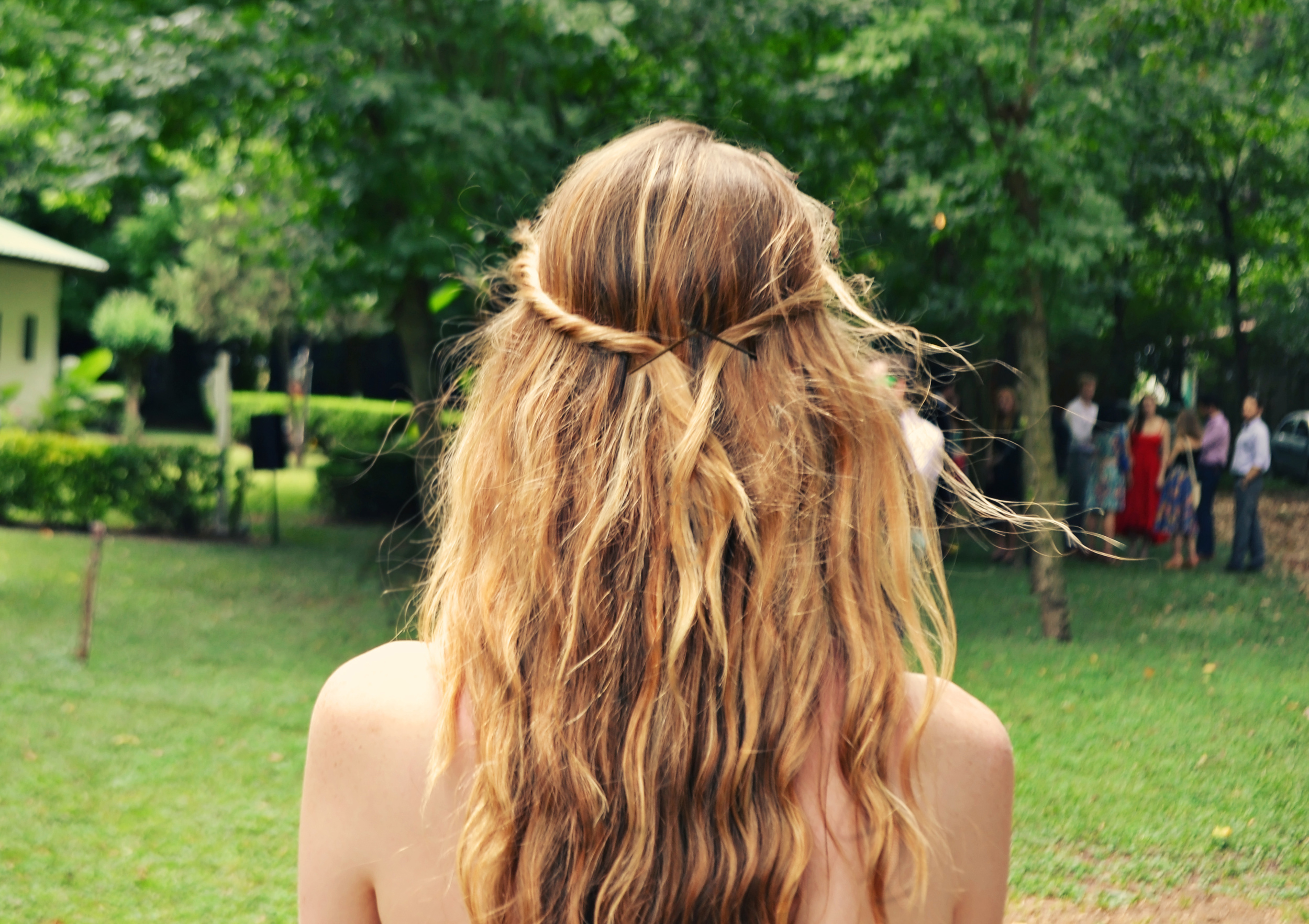 Girl x Garment | Messy Beachy Waves