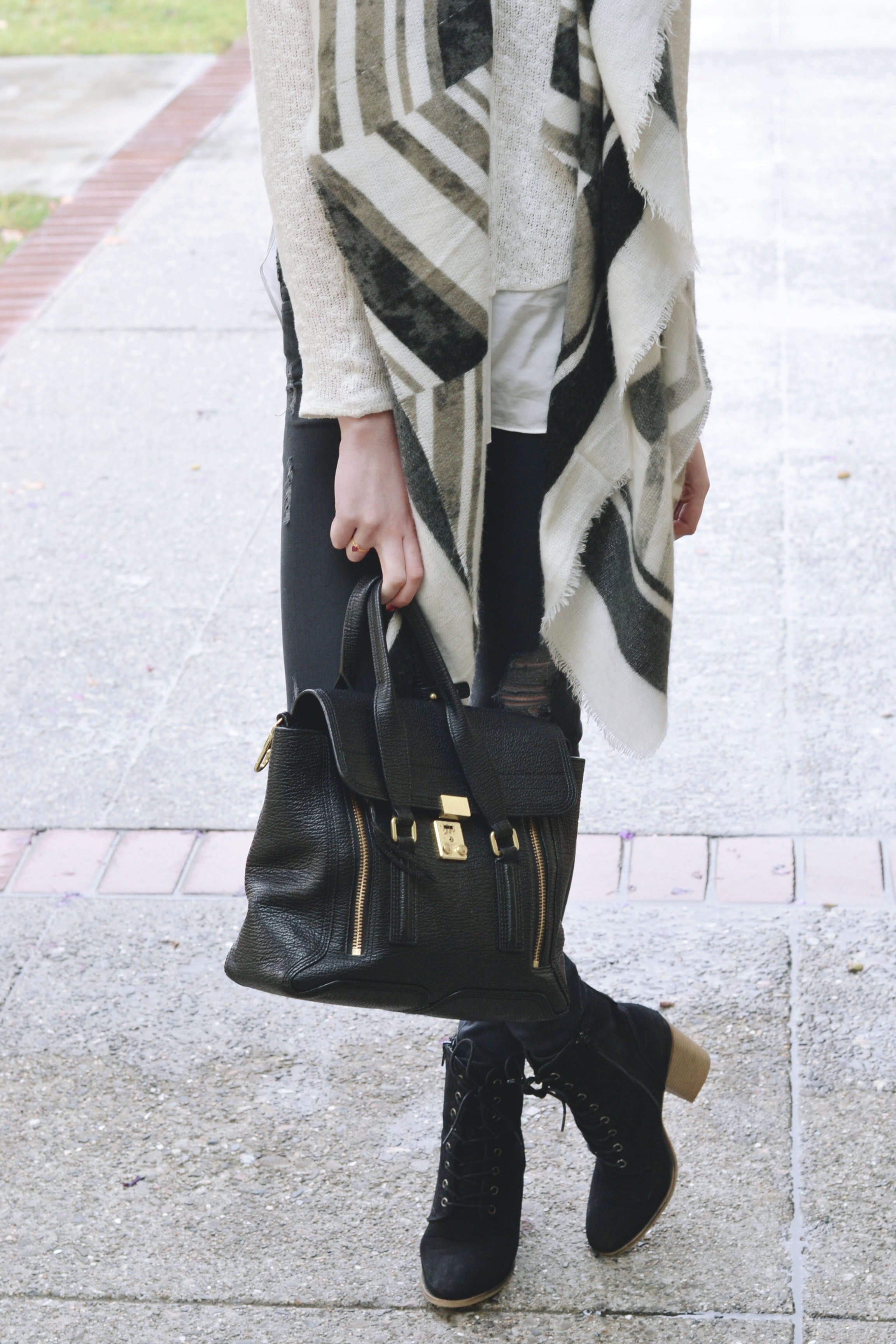 Blanket Scarf, Fall Layers (via Girl x Garment)