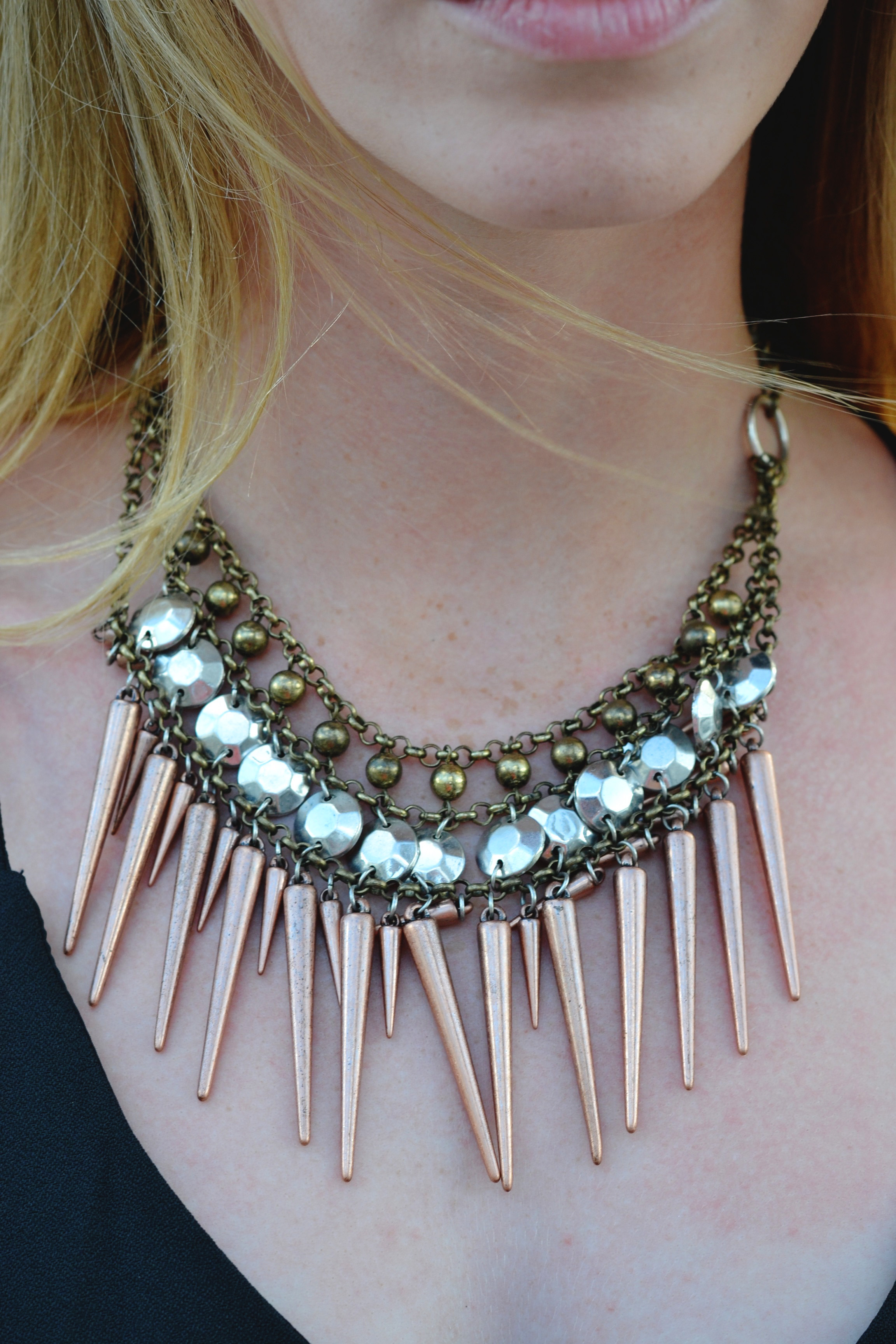 Spiked Necklace (via Girl x Garment)