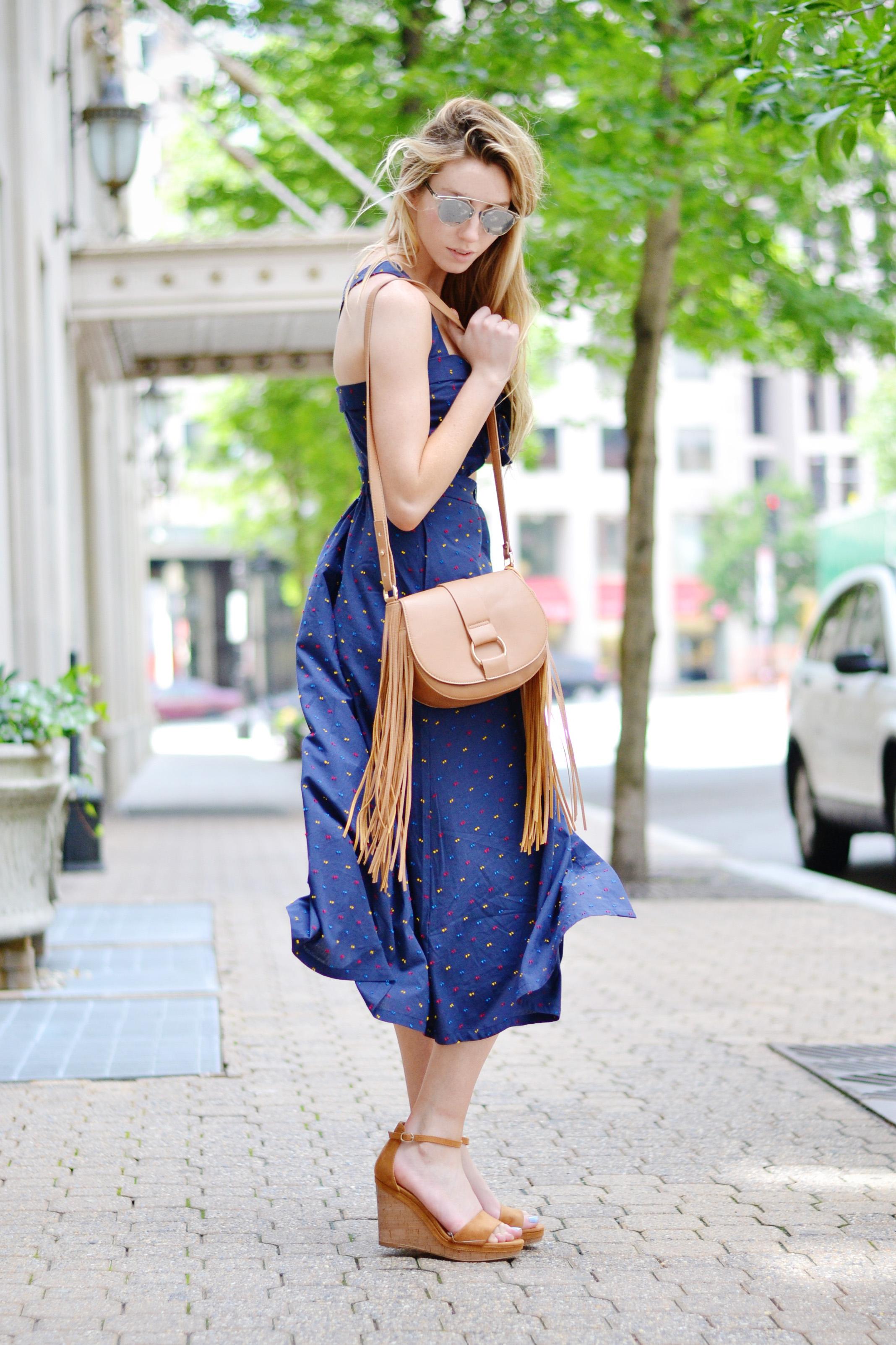 Blogger Tie Cutout Navy H&M Dress (via Chic Now)