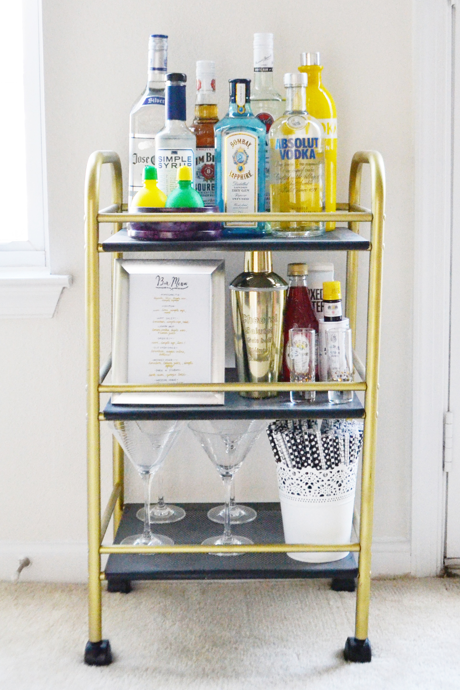Blogger Bar Cart (via Chic Now)