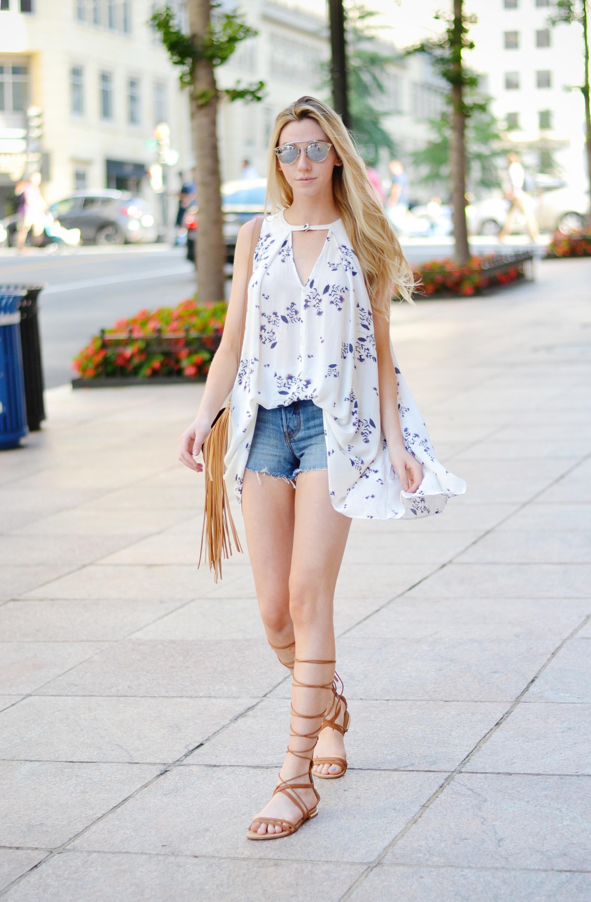 Blogger Flowy Top & Cutoffs (via Chic Now)