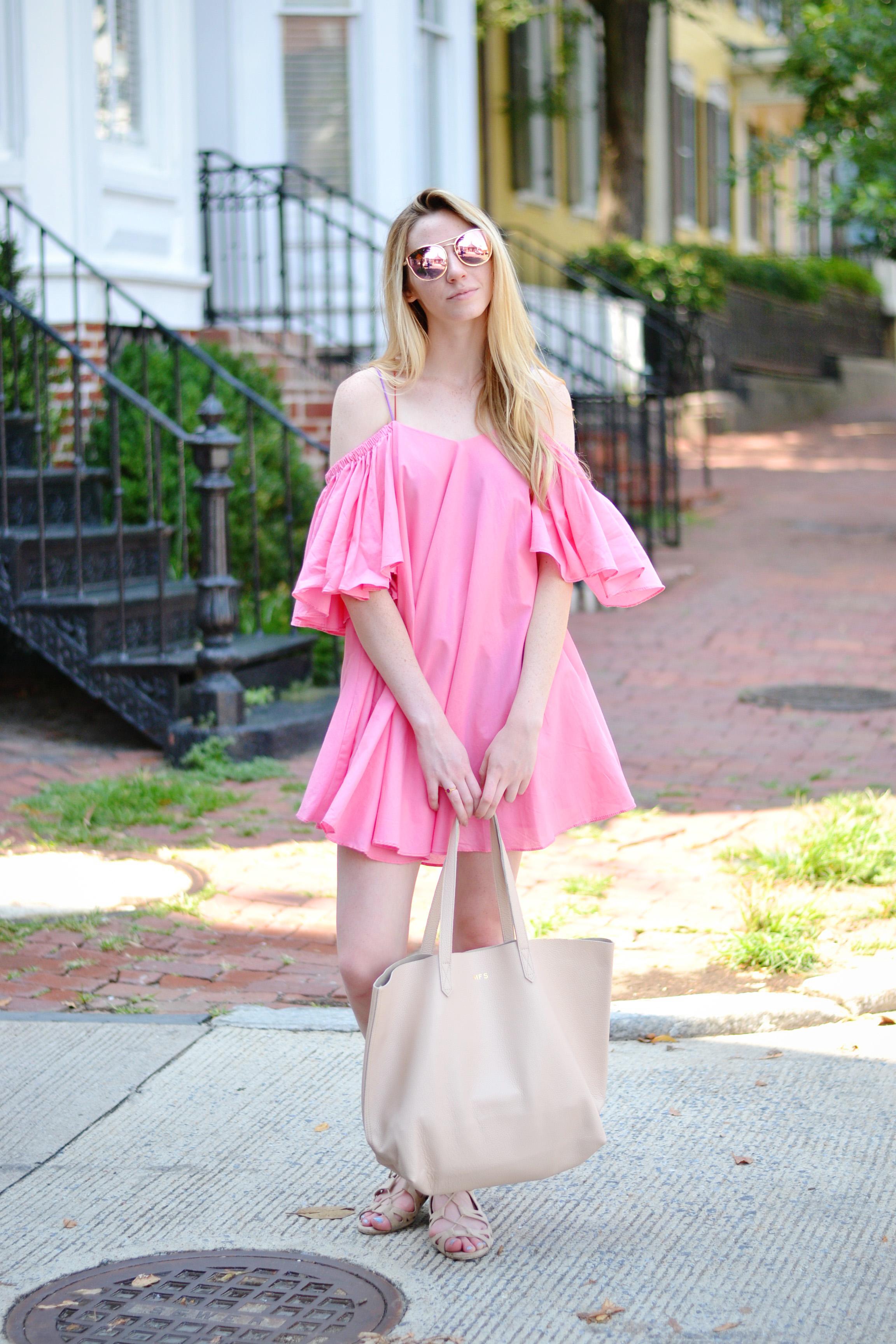 Voluminous Bright Pink Blogger Dress (via Chic Now)