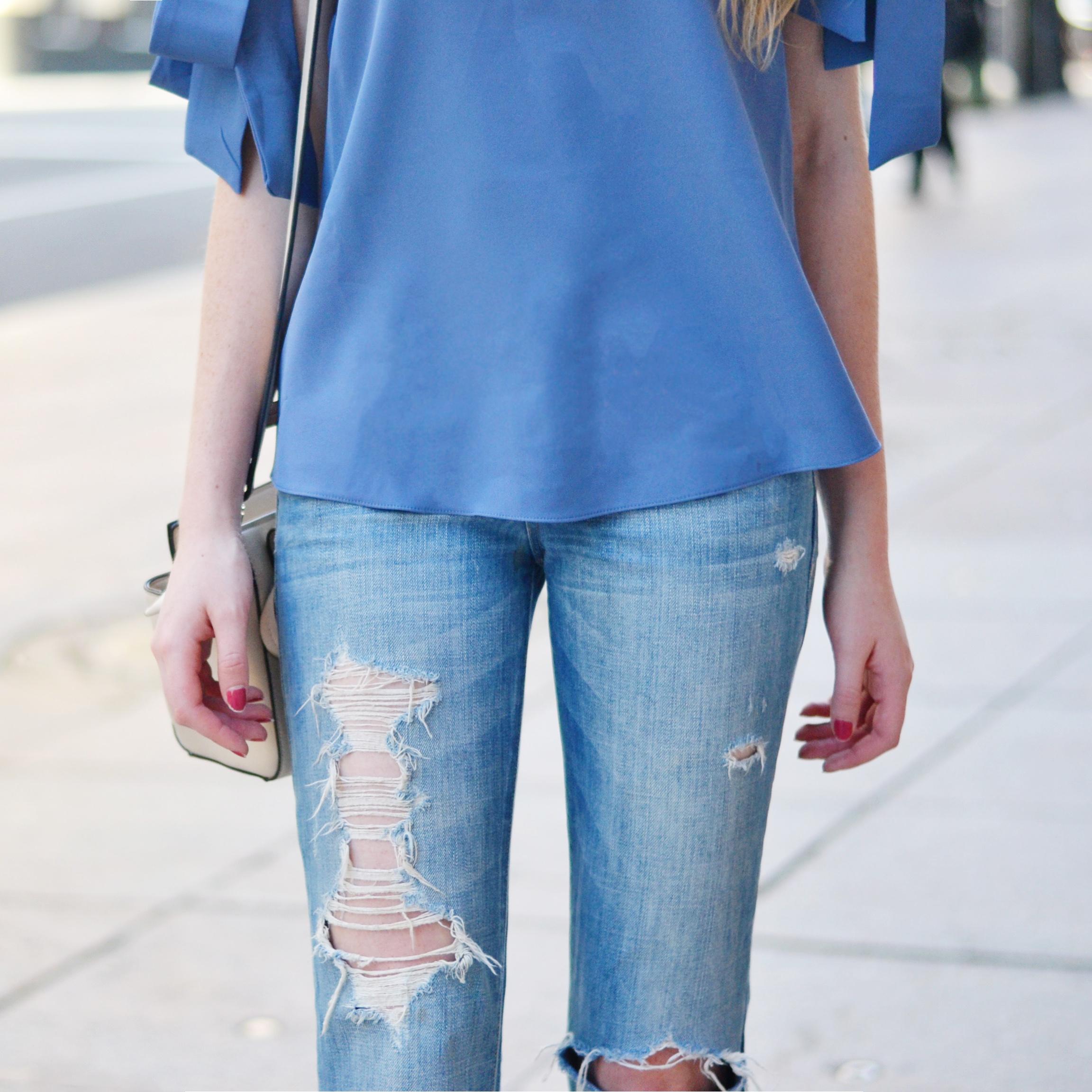 Blogger Blue Top Details (via Chic Now)