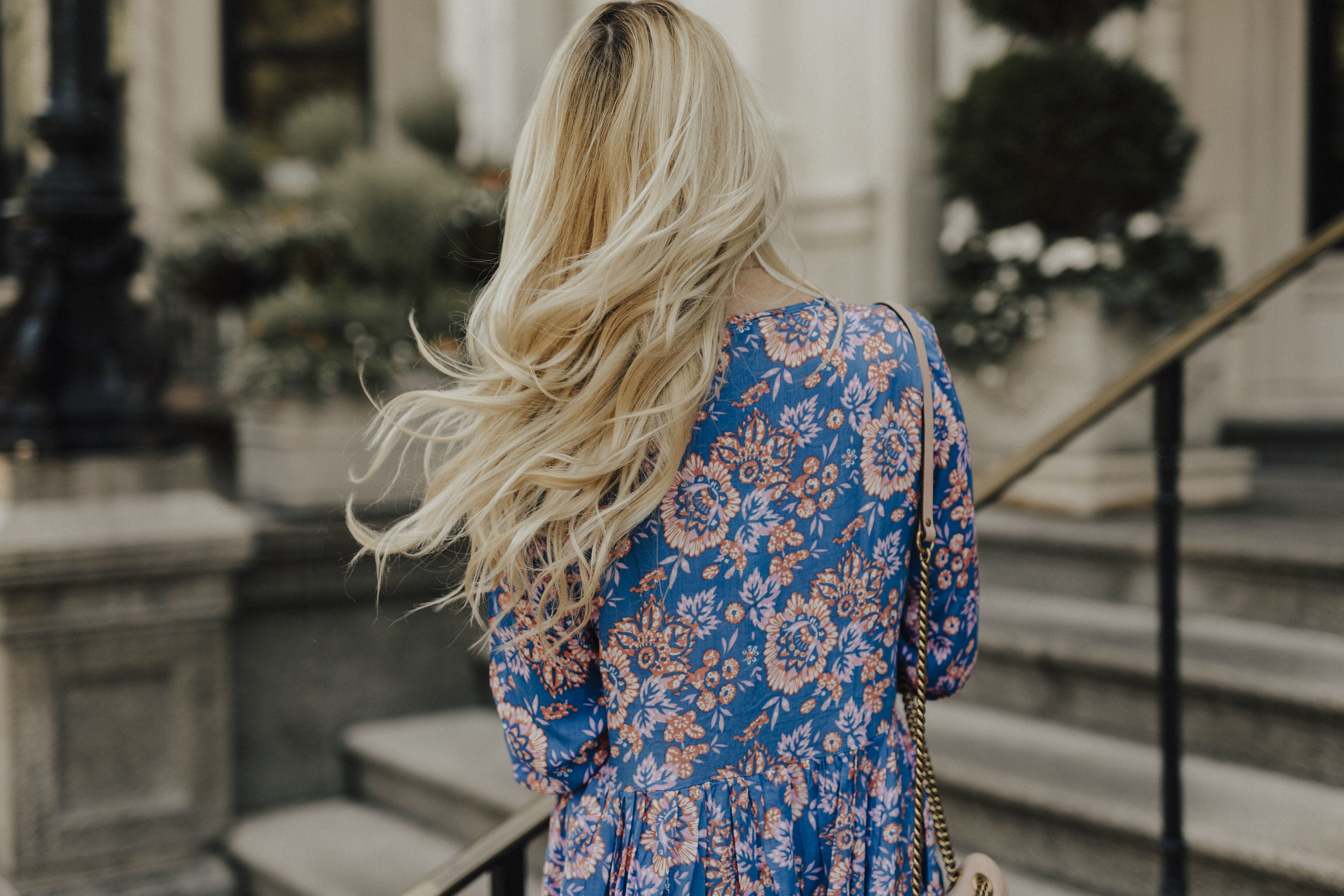Feminine Style Blogger
