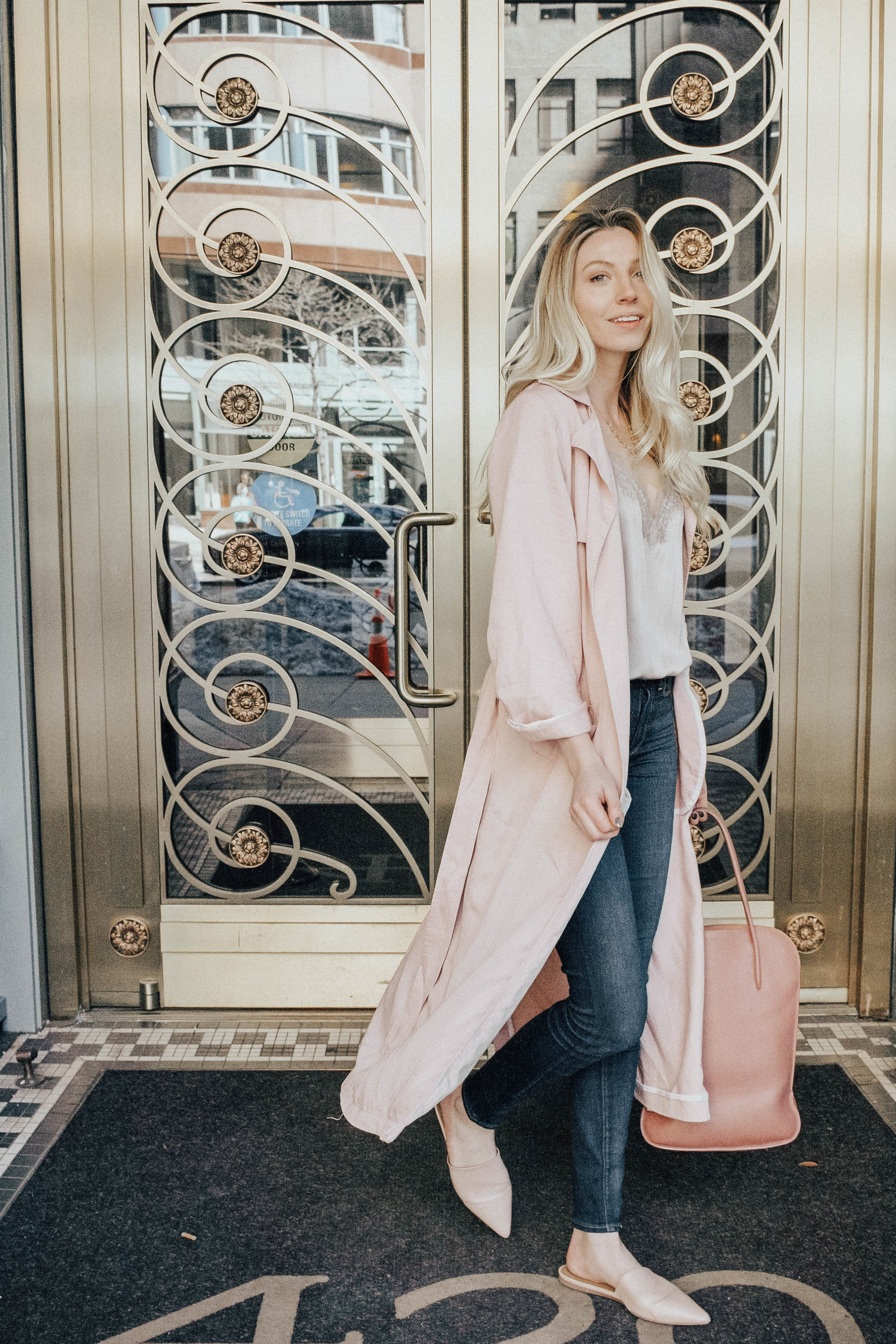 Spring Outfit Inspiration | @maevestier