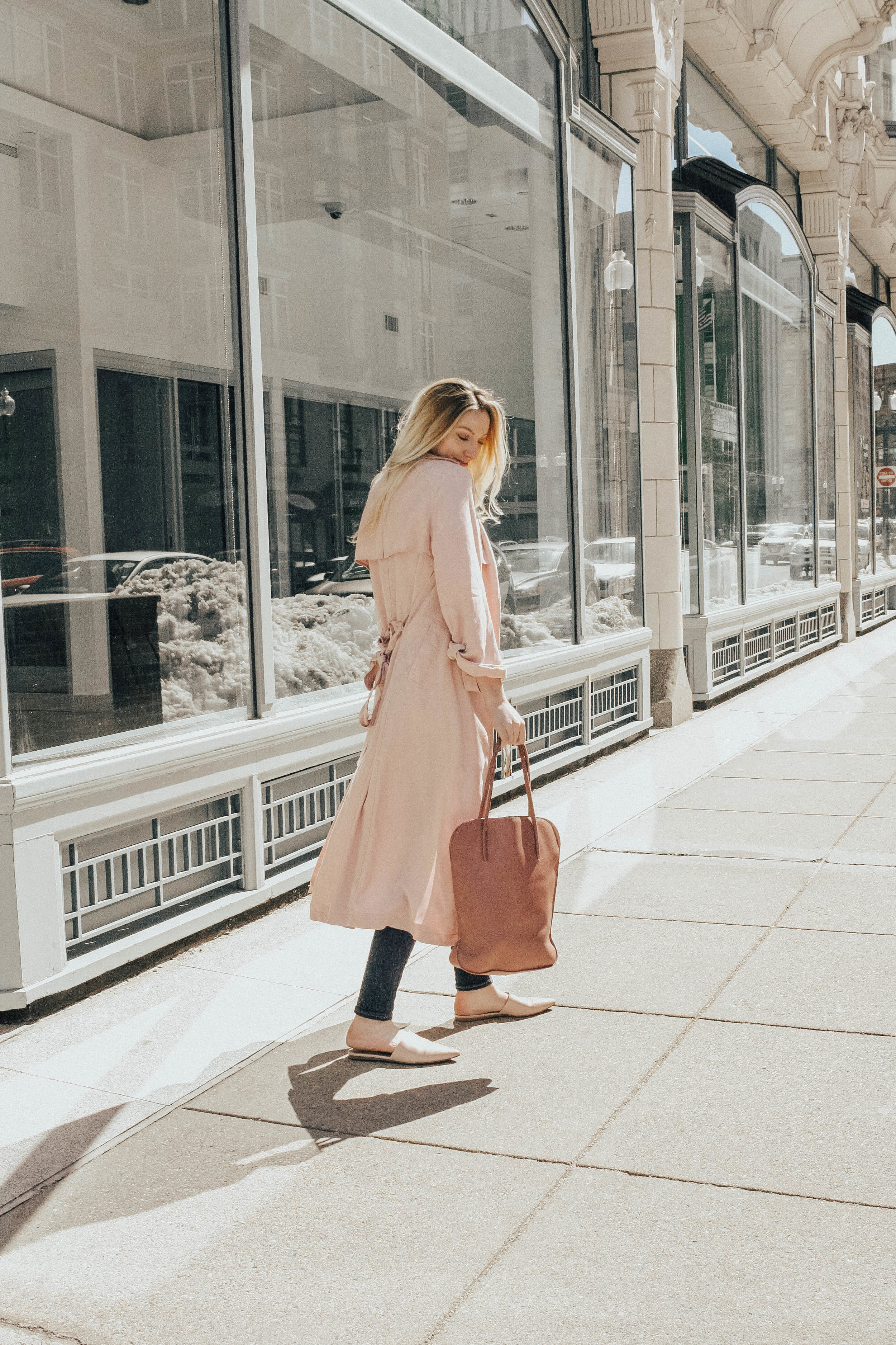 Pink Trench Coat Outfit @maevestier