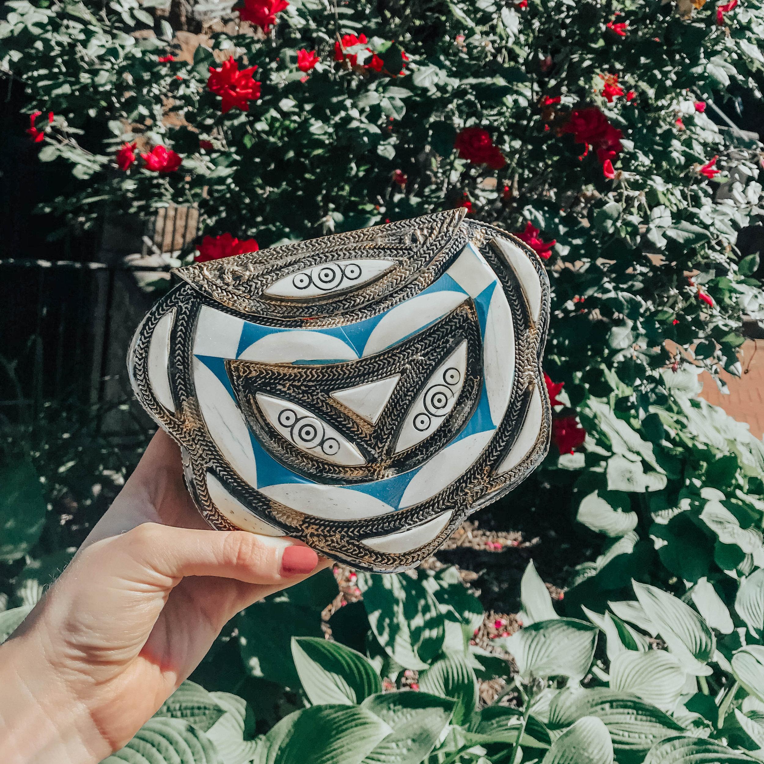 Moroccan Silver Metal Bag | @maevestier