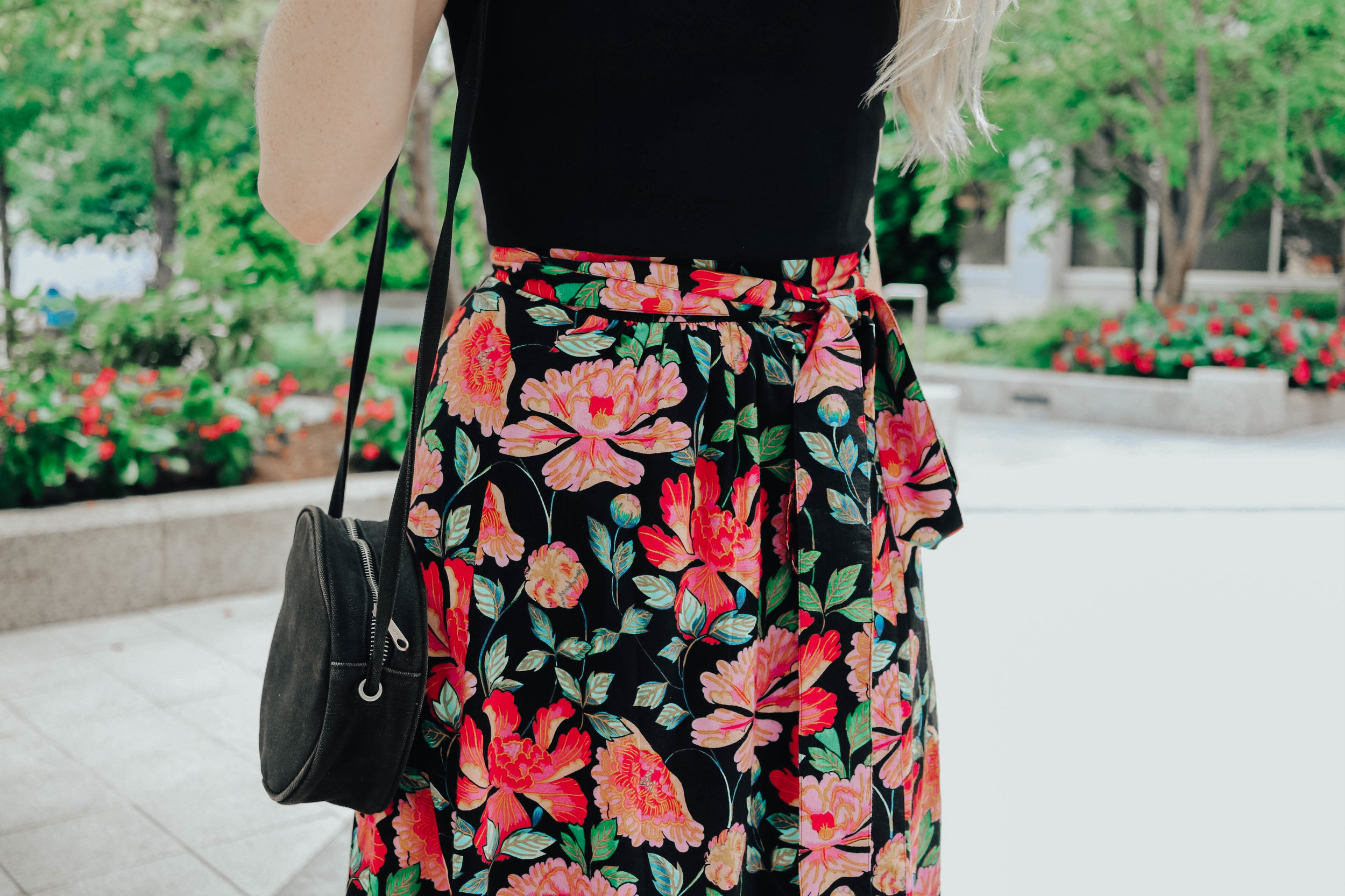 & Other Stories Floral Skirt | @maevestier