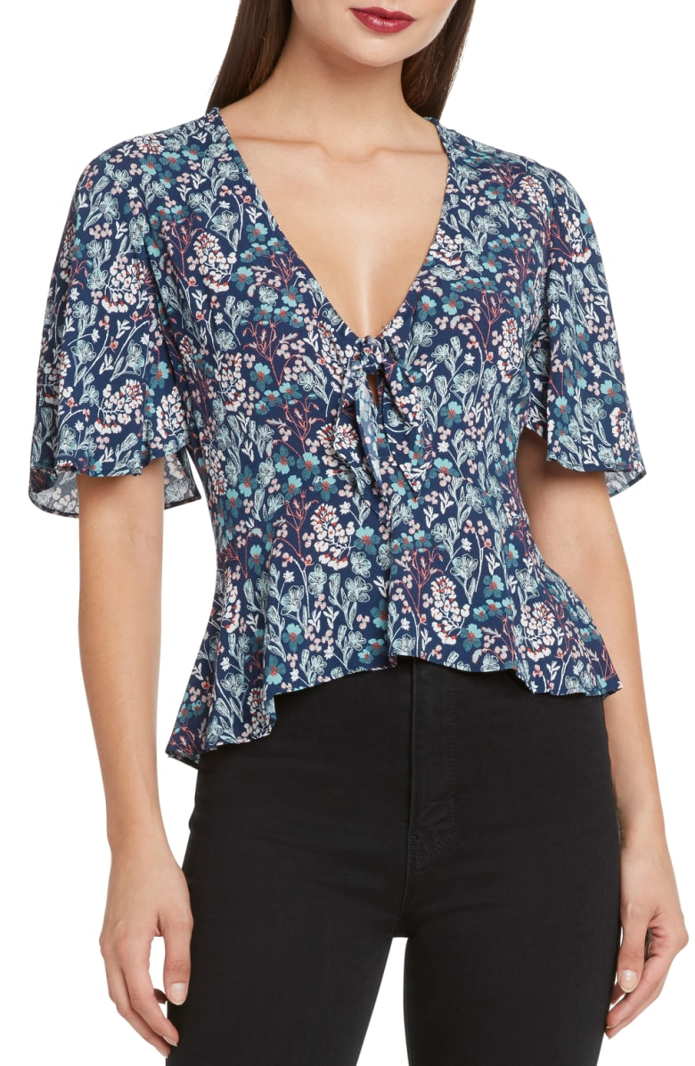 Flutter Sleeve - Both effortless and girly.I especially love the slimming effect of a flutter sleeve.