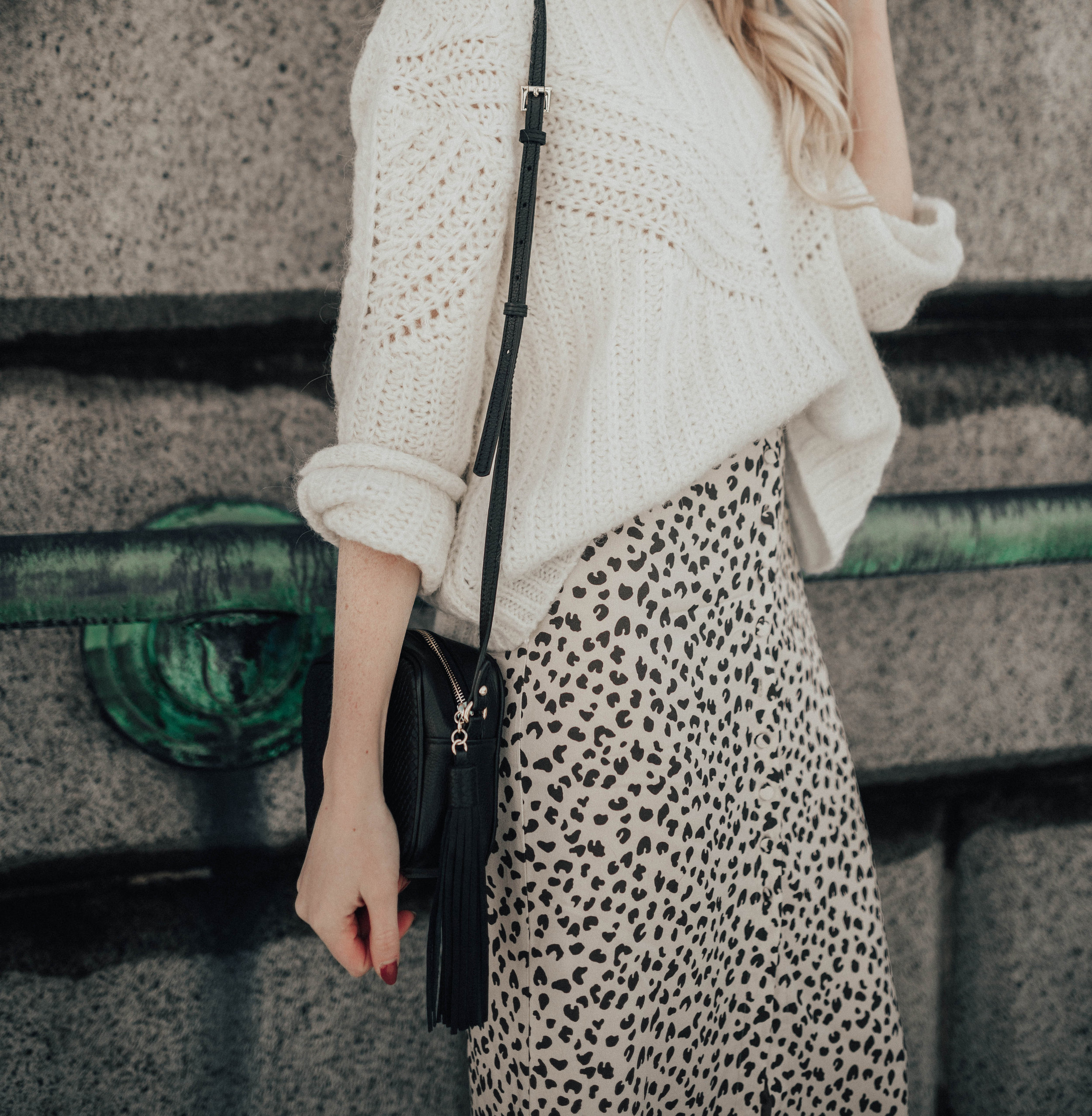 Leopard Print Midi Skirt Outfit (via @maevestier)