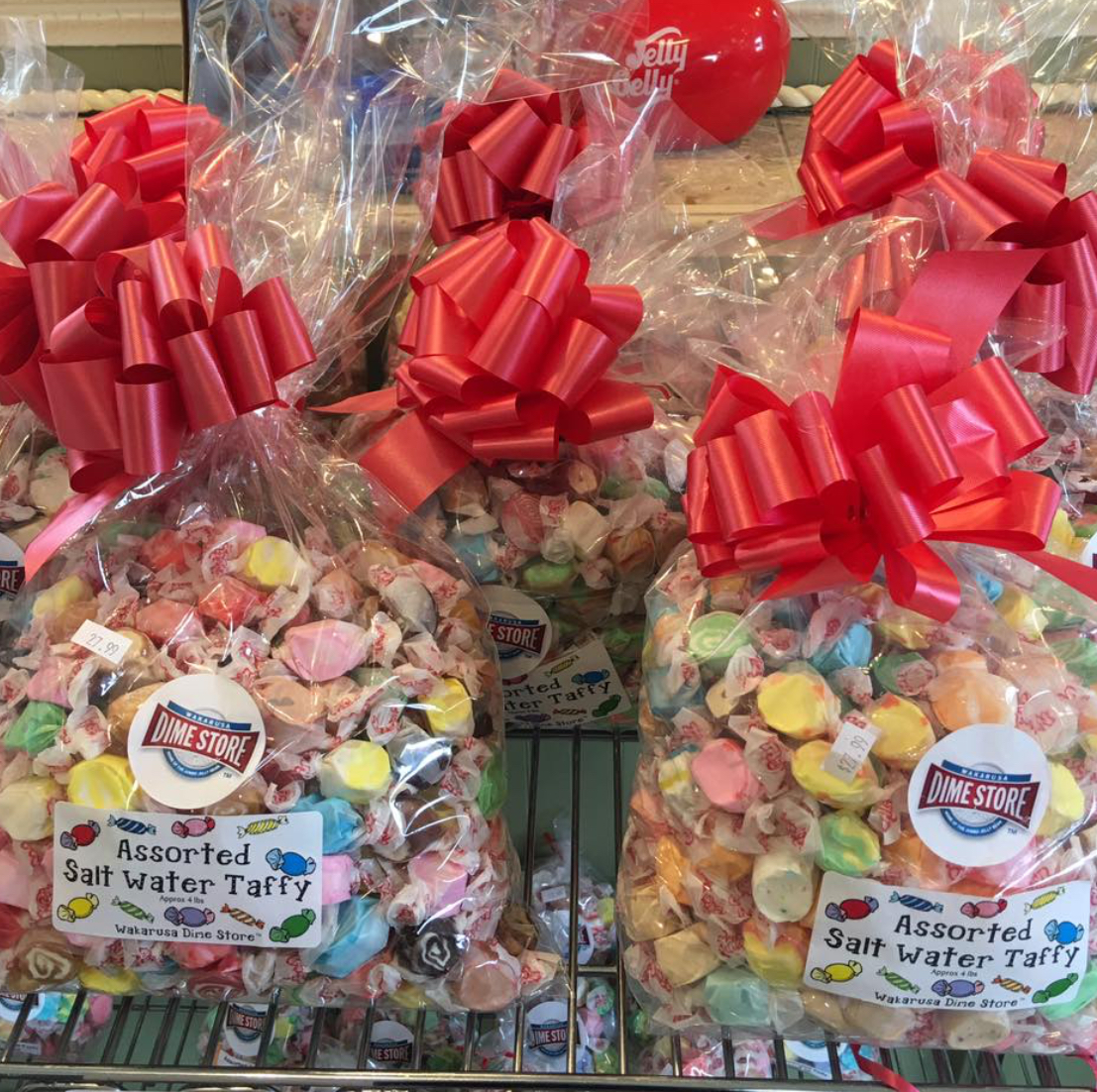 Let us send a gift to someone special . Custom packaging and gift bags are a speciality at The Wakarusa Dime Store. Choose your favorite flavors of Saltwater Taffy or from any of our amazing candy assortments.