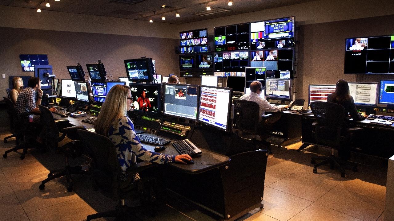 _MG_1227.3 Production Control Room (1280x854).jpg