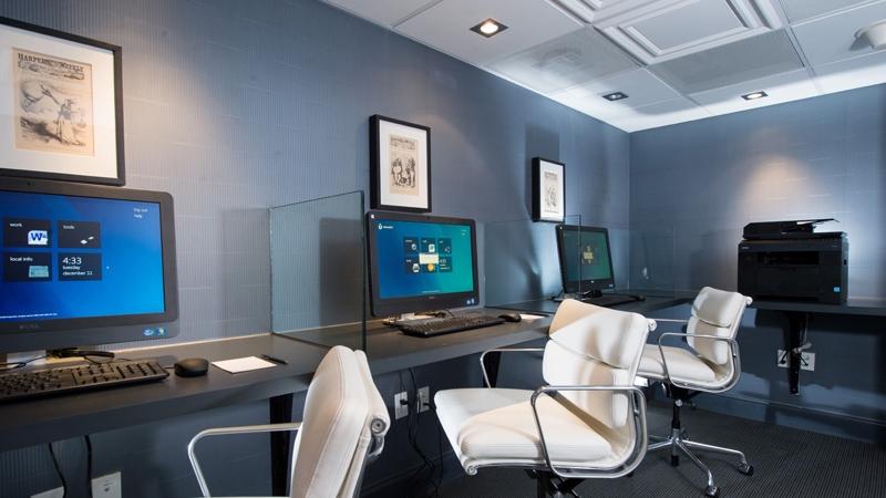 Business-Center.jpg