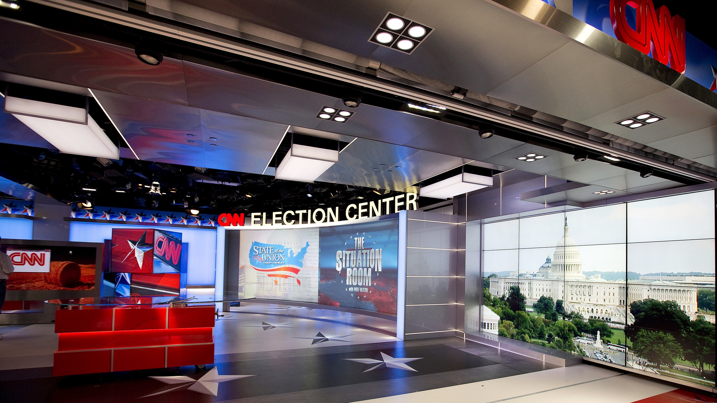 cnn_wdc_election_center19.JPG