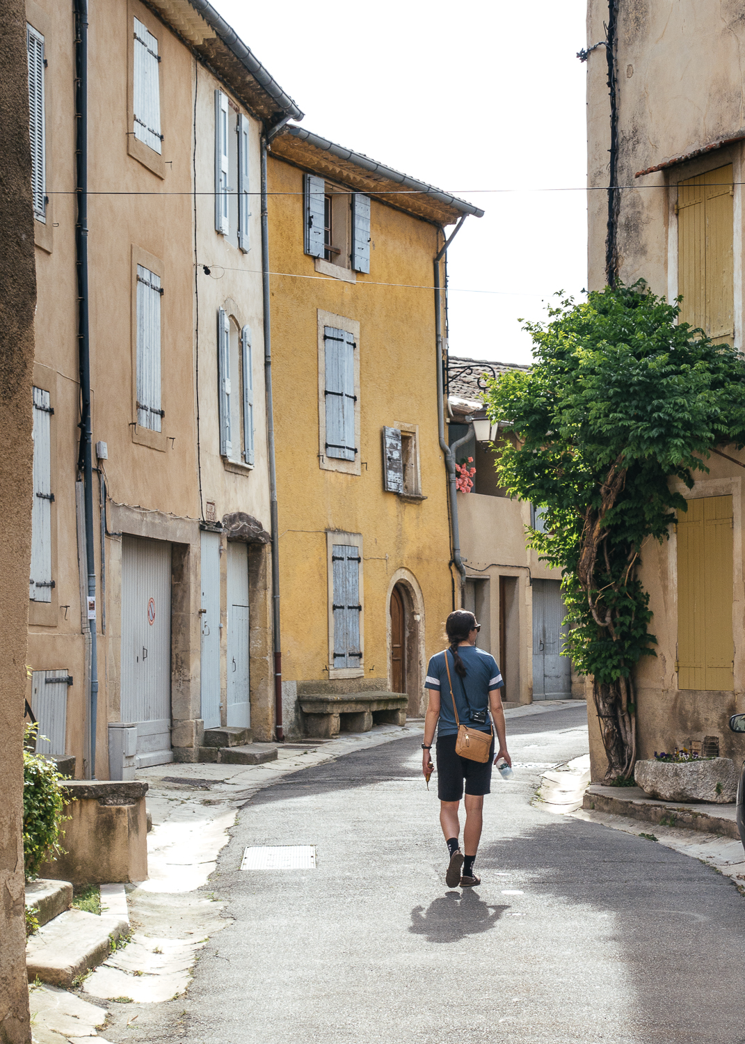 Chelsea explores the town of Lourmarin.