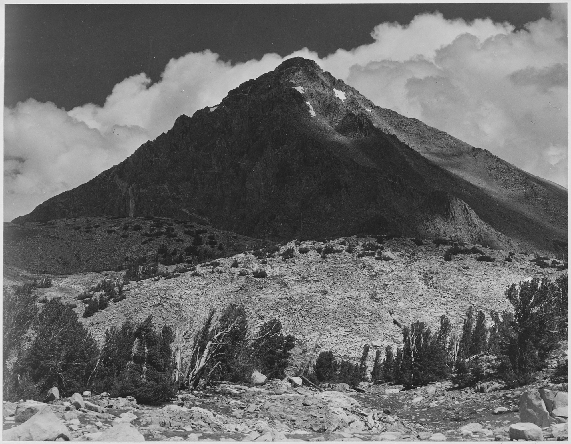 -Pinchot_Pass,_Mt._Wynne,_Kings_River_Canyon_(Proposed_as_a_national_park),-_California,_1936.,_ca._1936_-_NARA_-_519926.jpg