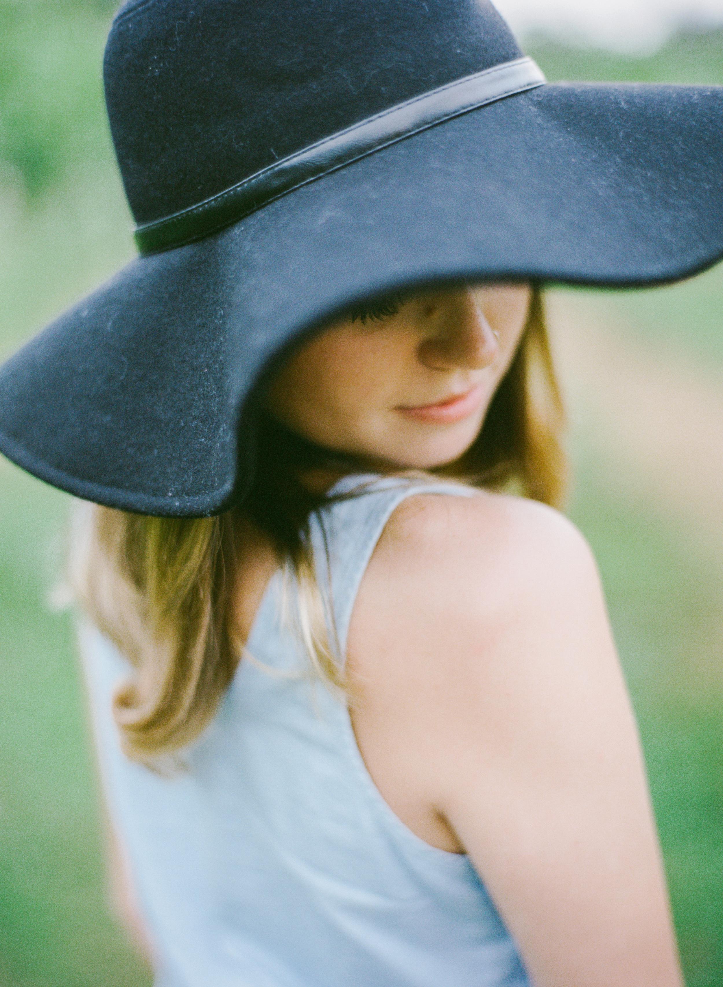 Katie_Editorial_lookbook_fall_fashion_charlottesville_Zachary Taylor_Fine_Art_Wedding_Photographer-3.jpg