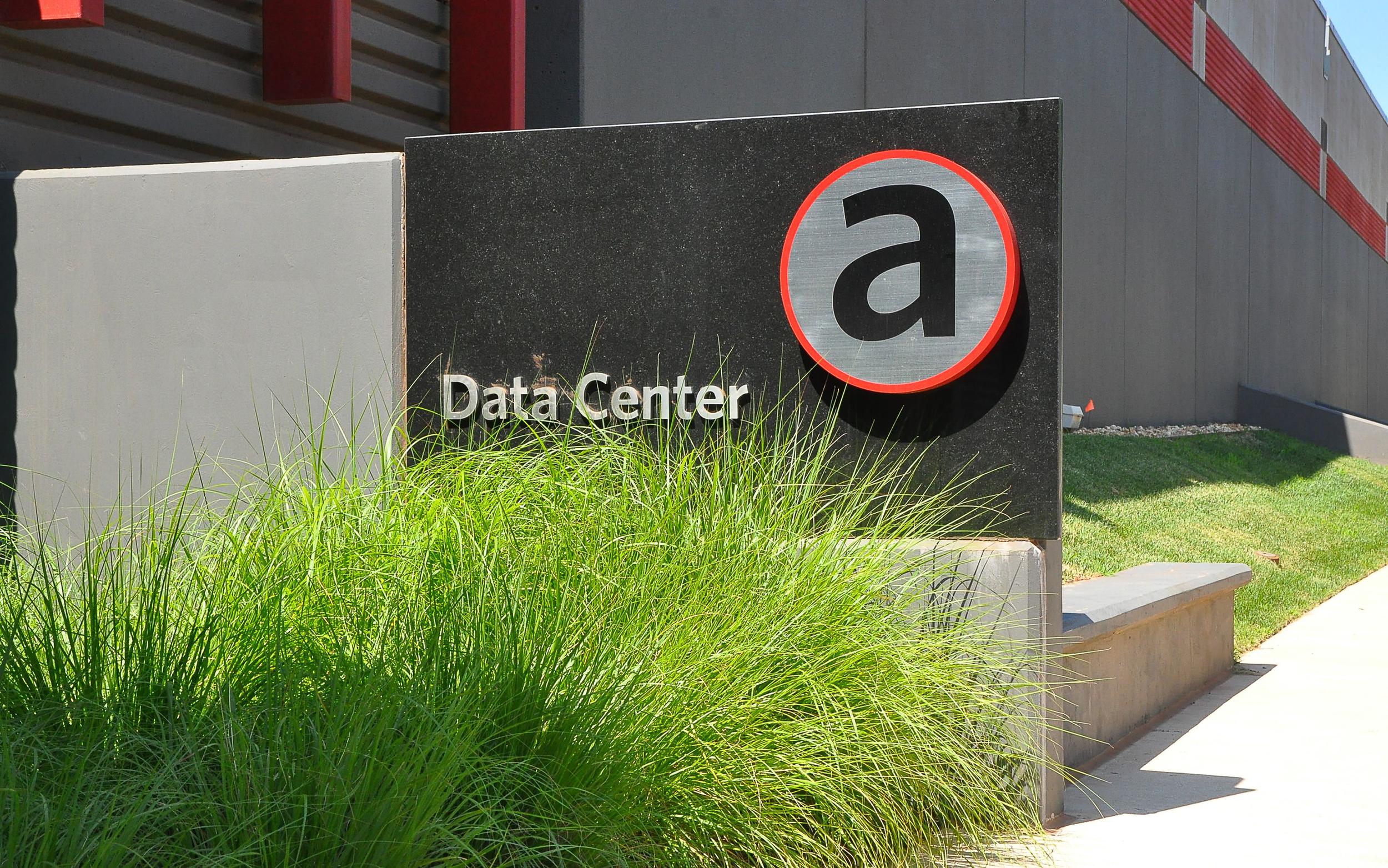 11 NAP Data Center 1.jpg
