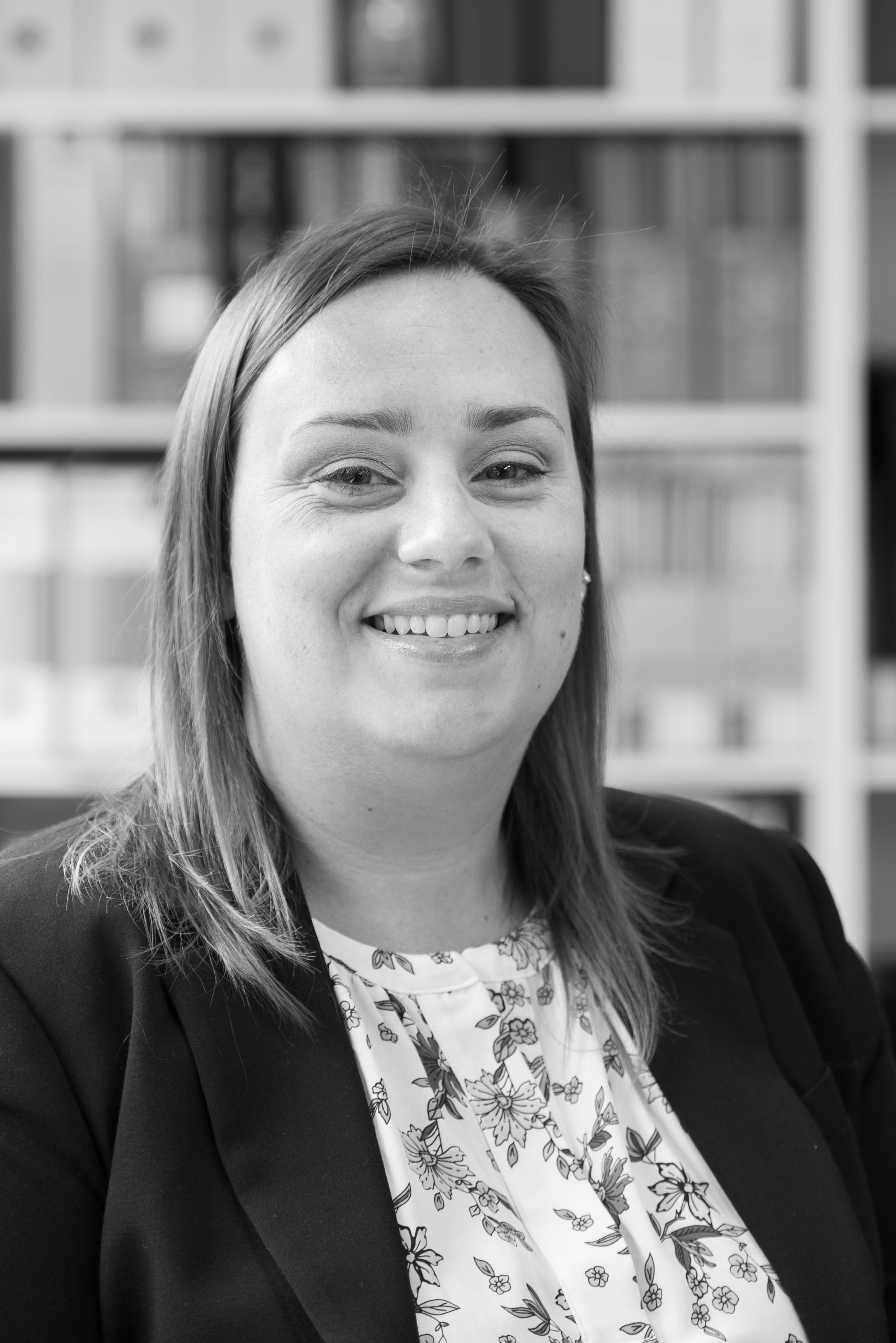 Sarah Jones     Senior Manager