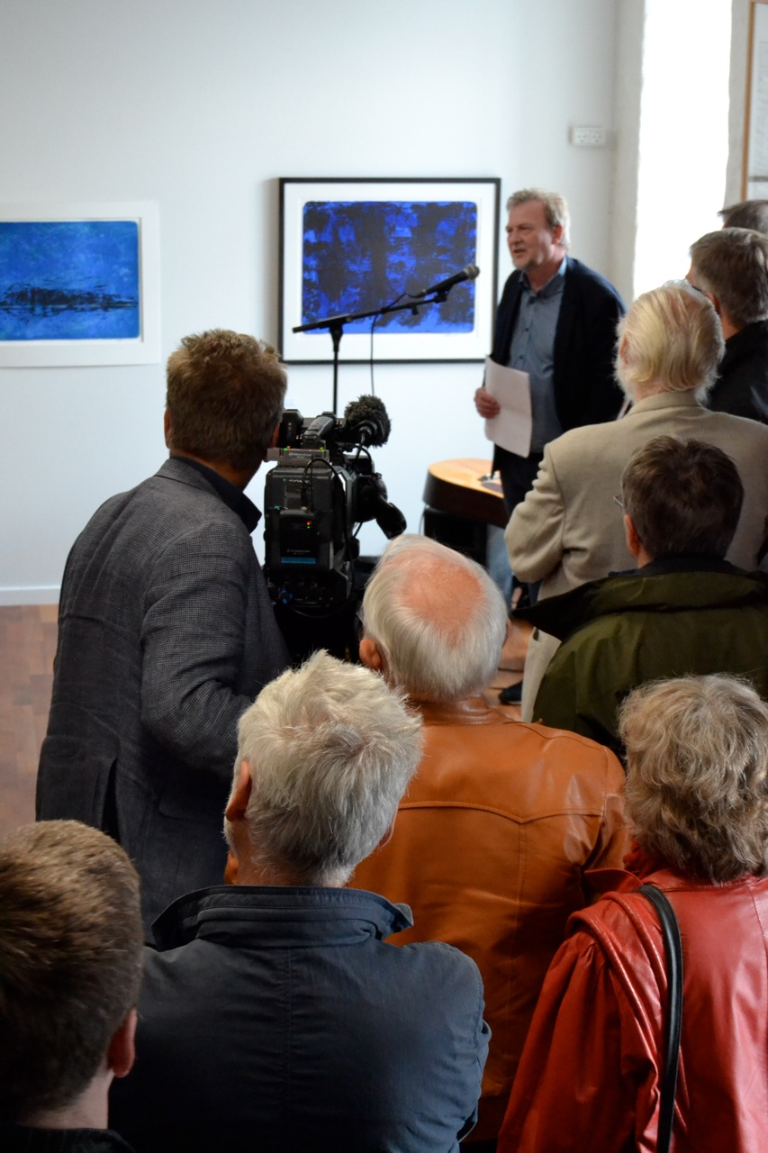 Forleggjarin, Jonhard Mikkelsen greiðir frá http://sprotin.fo/show_news.php?NewsId=343
