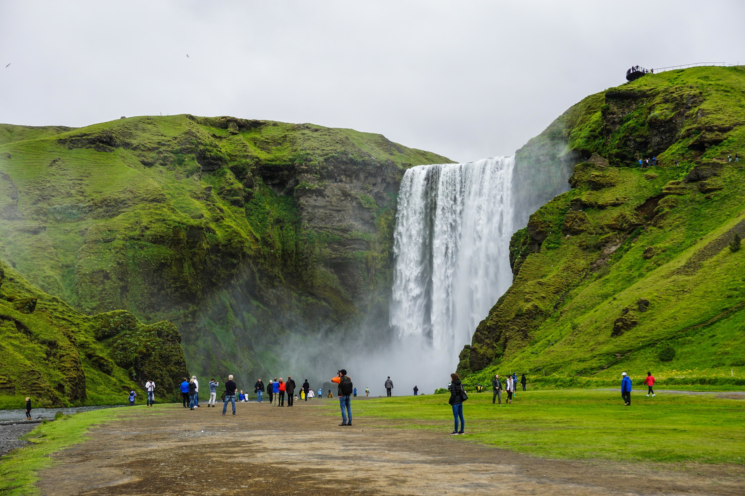 Skogafoss and a million people