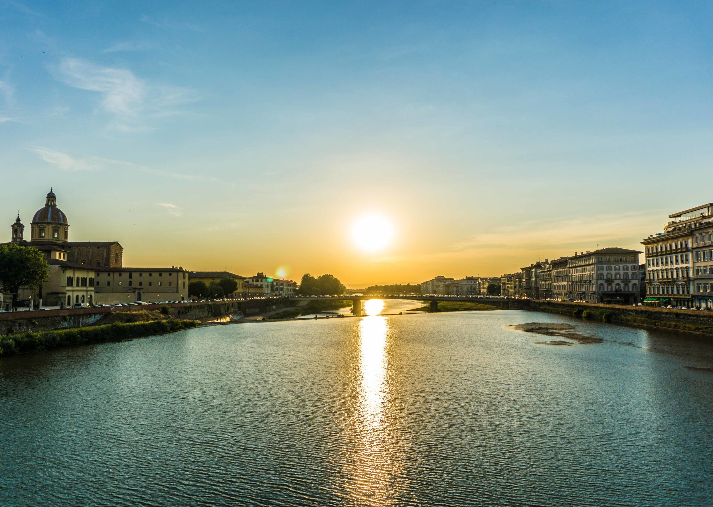 Firenze sunsets fire up the Arno