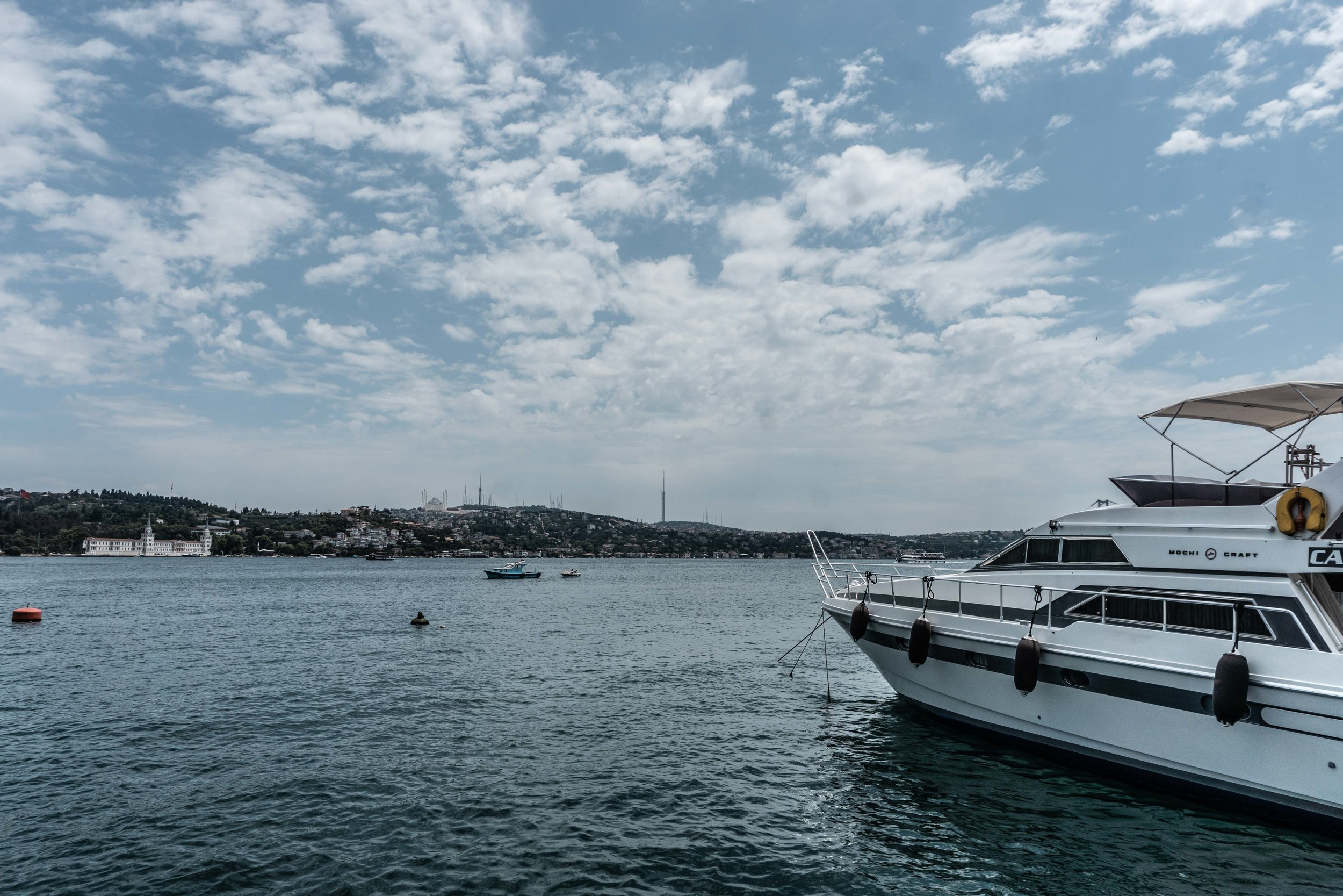 Along the bosphorus - diving Europe and Asia