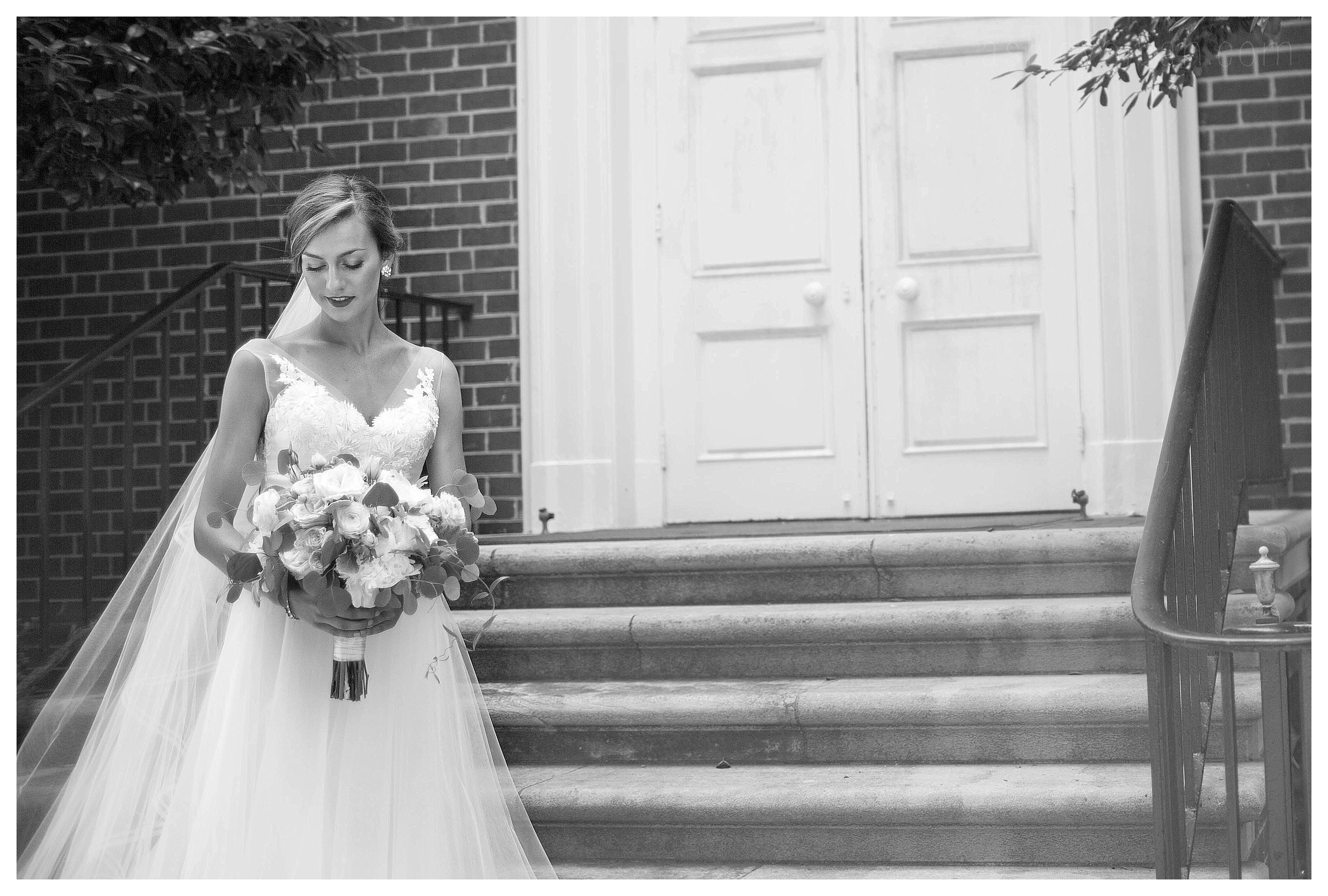 Greensboro, NC Wedding Photographer | Wedding Photographer at Steele Crest | Ashley Eiban Photography | www.ashleyeiban.com