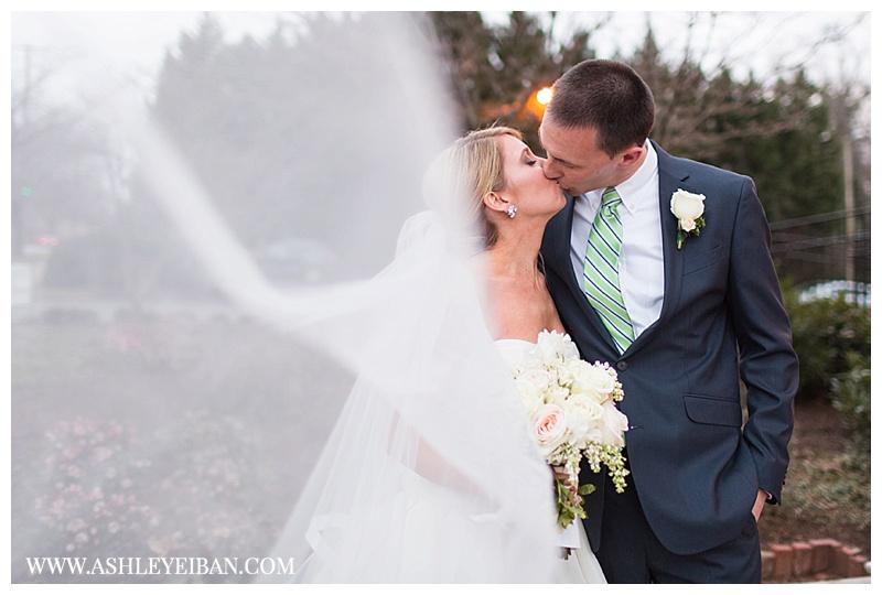 Boonsboro Country Club Wedding || Lynchburg Wedding Photographer || Ashley Eiban Photography || www.ashleyeiban.com
