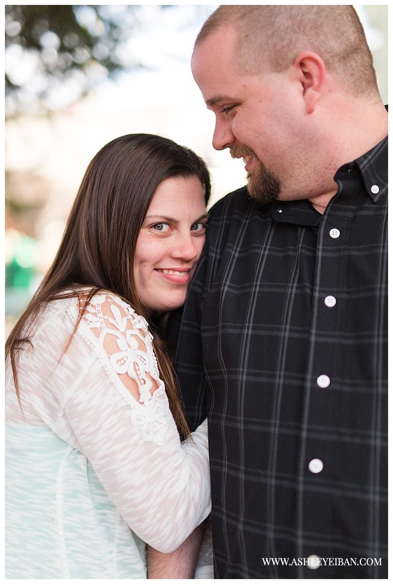 Lynchburg Wedding and Engagement Photographer || Snowy engagement session || Ashley Eiban Photography || www.ashleyeiban.com