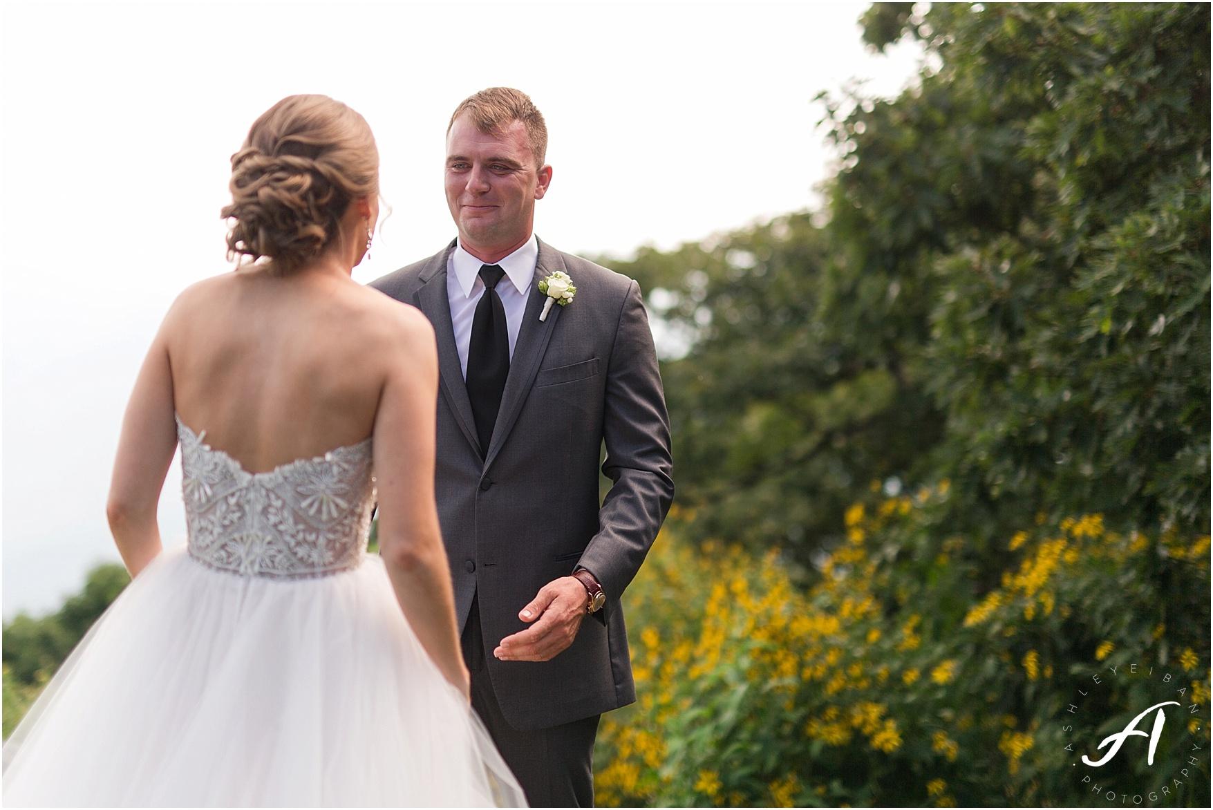 Wintergreen Resort Wedding || Elegant gray and green summer wedding || Ashley Eiban Photography || www.ashleyeiban.com