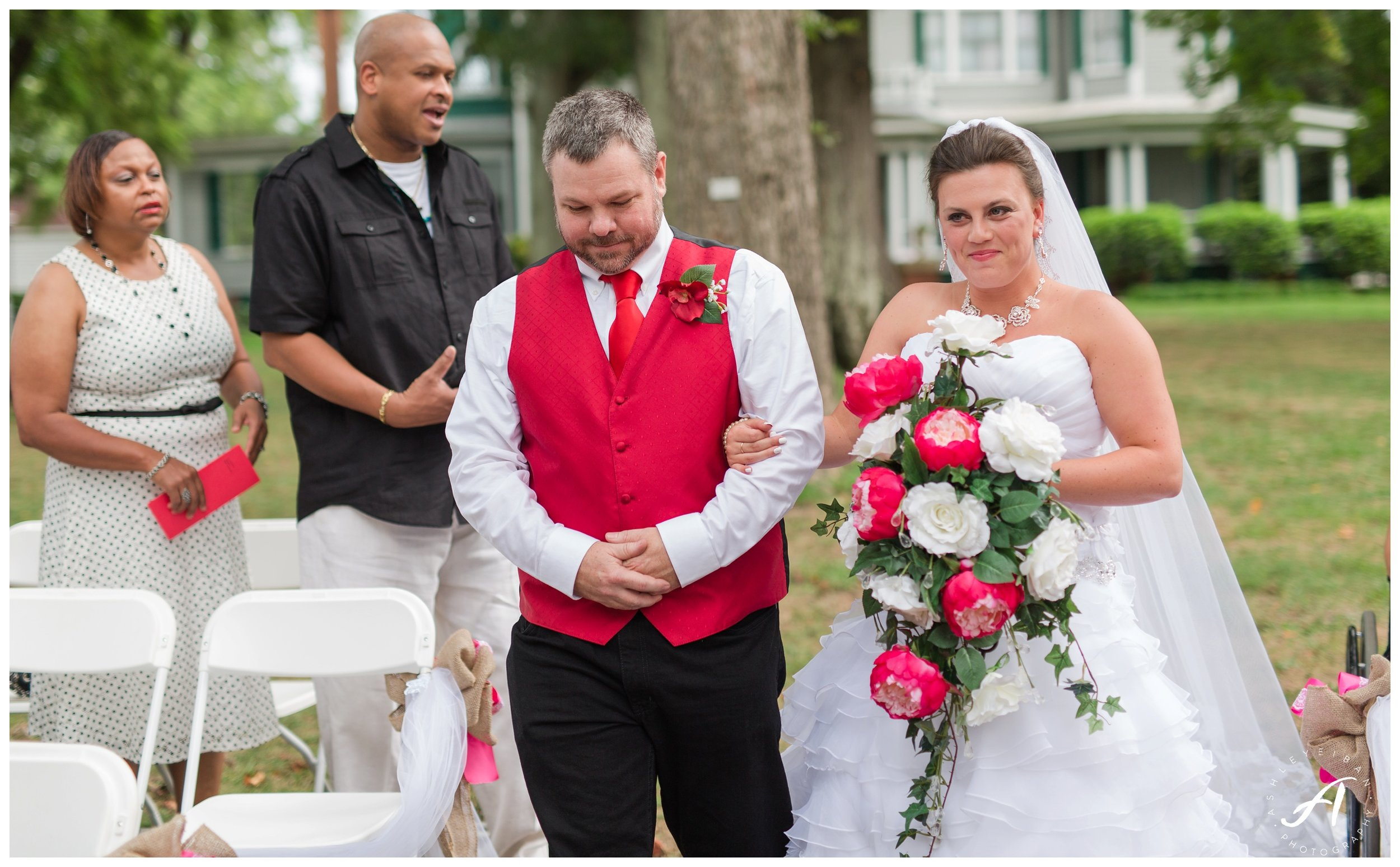 Avoca Museum Wedding || Central VA Wedding || Lynchburg Virginia Wedding Photographer || www.ashleyeiban.com