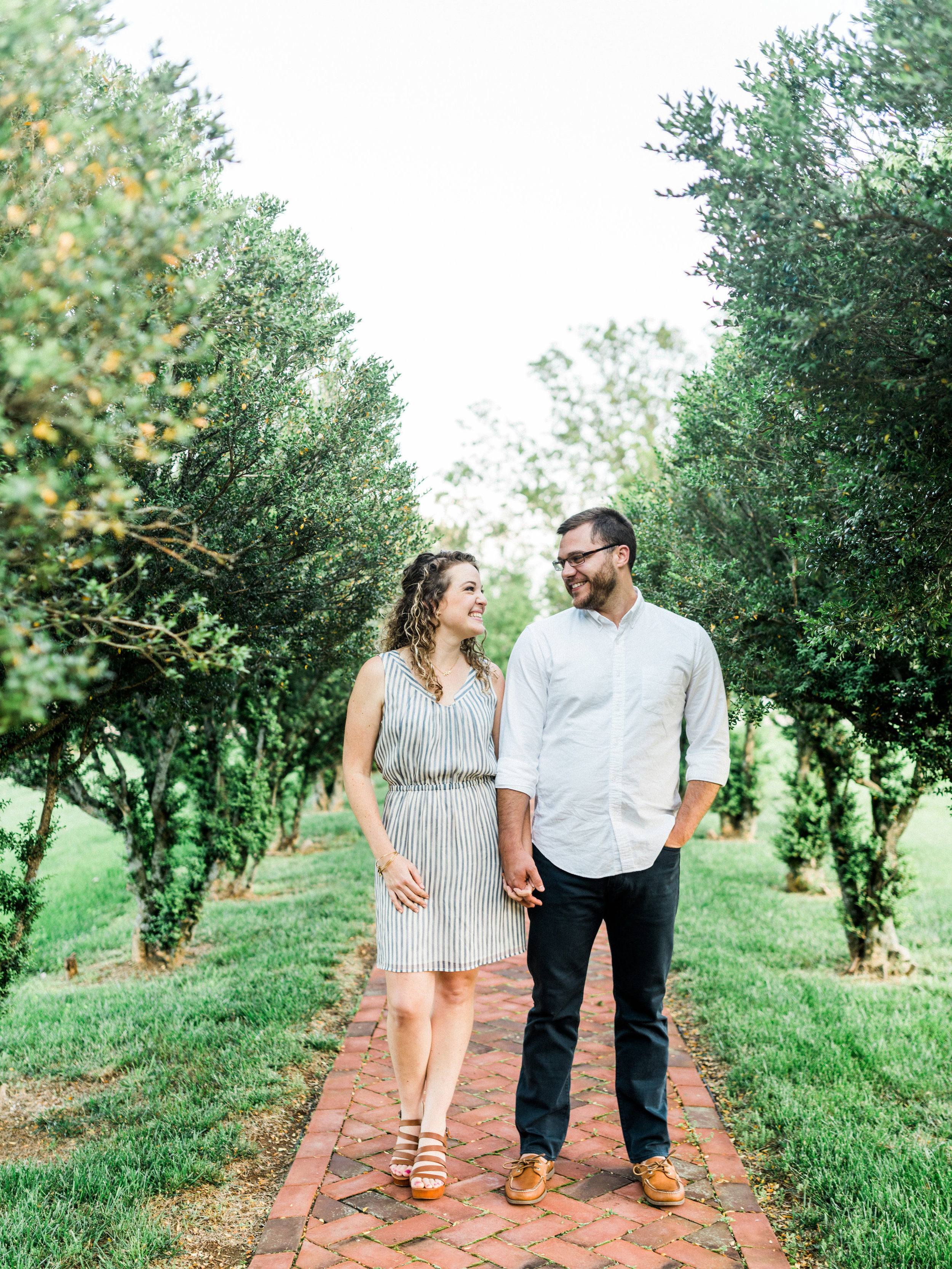 Charlottesville VA Wedding Photographer || Lynchburg Wedding Photographer || www.asheyeiban.com || Ashley Eiban Photography