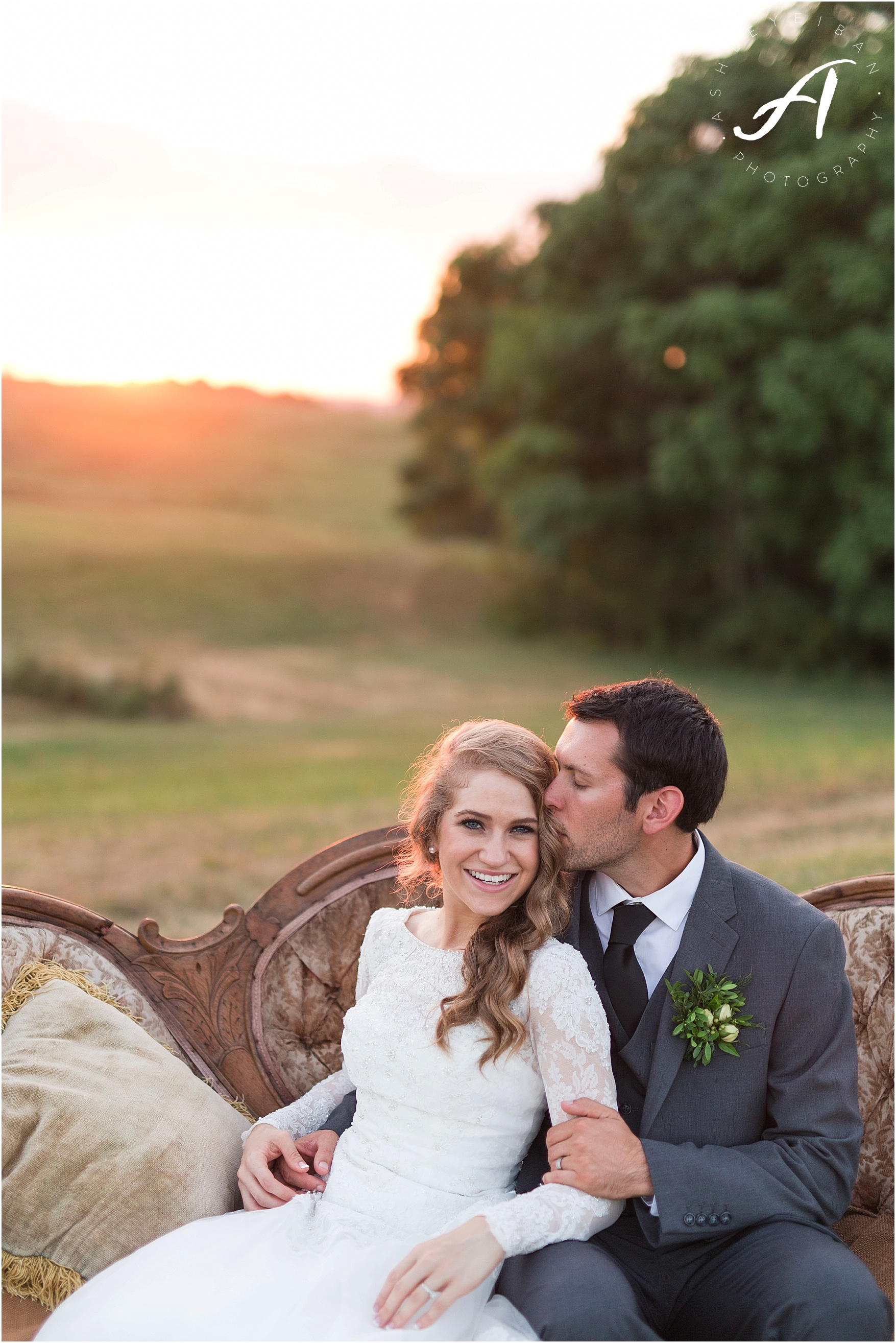 FarmVille Wedding Photographer || Charlottesville and Lynchburg Wedding Photographers || Ashley Eiban Photography || www.ashleyeiban.com