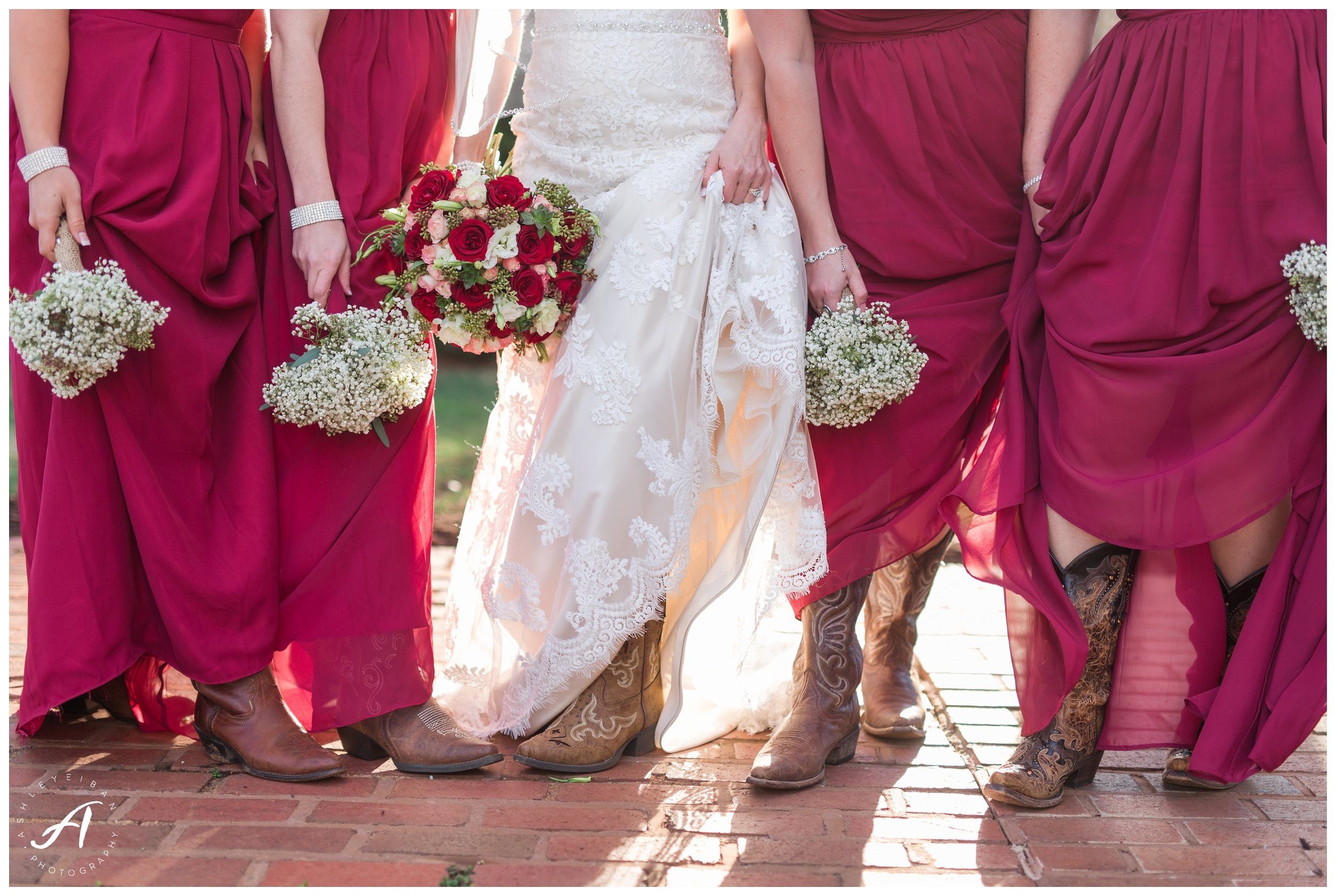 Central Virginia Wedding at The Trivium Estate    Forest and Lynchburg Wedding Photographer    Ashley Eiban Photography    www.ashleyeiban.com
