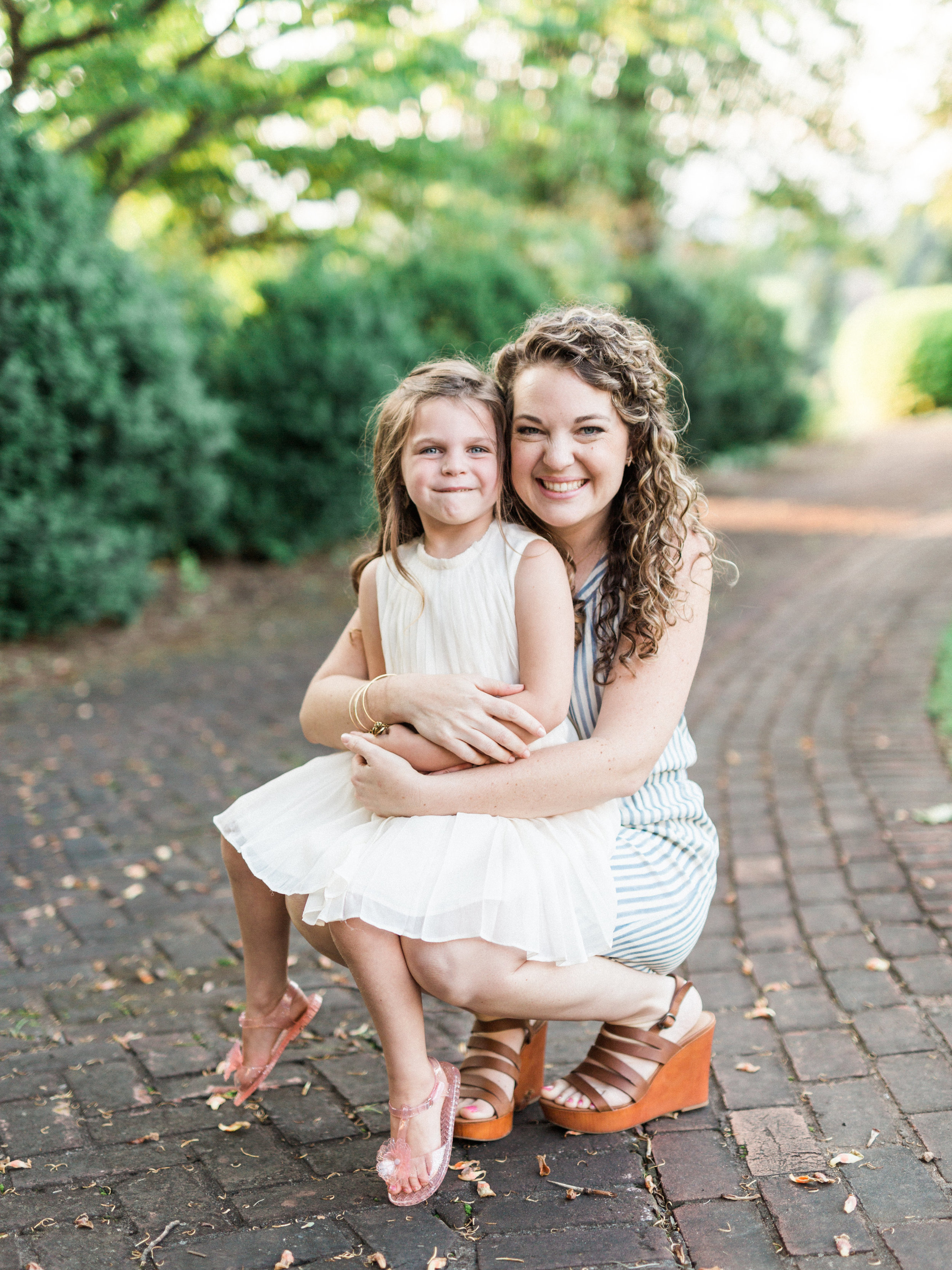 Little Moments matter in motherhood || Mom Boss || Ashley Eiban Photography || www.ashleyeiban.com