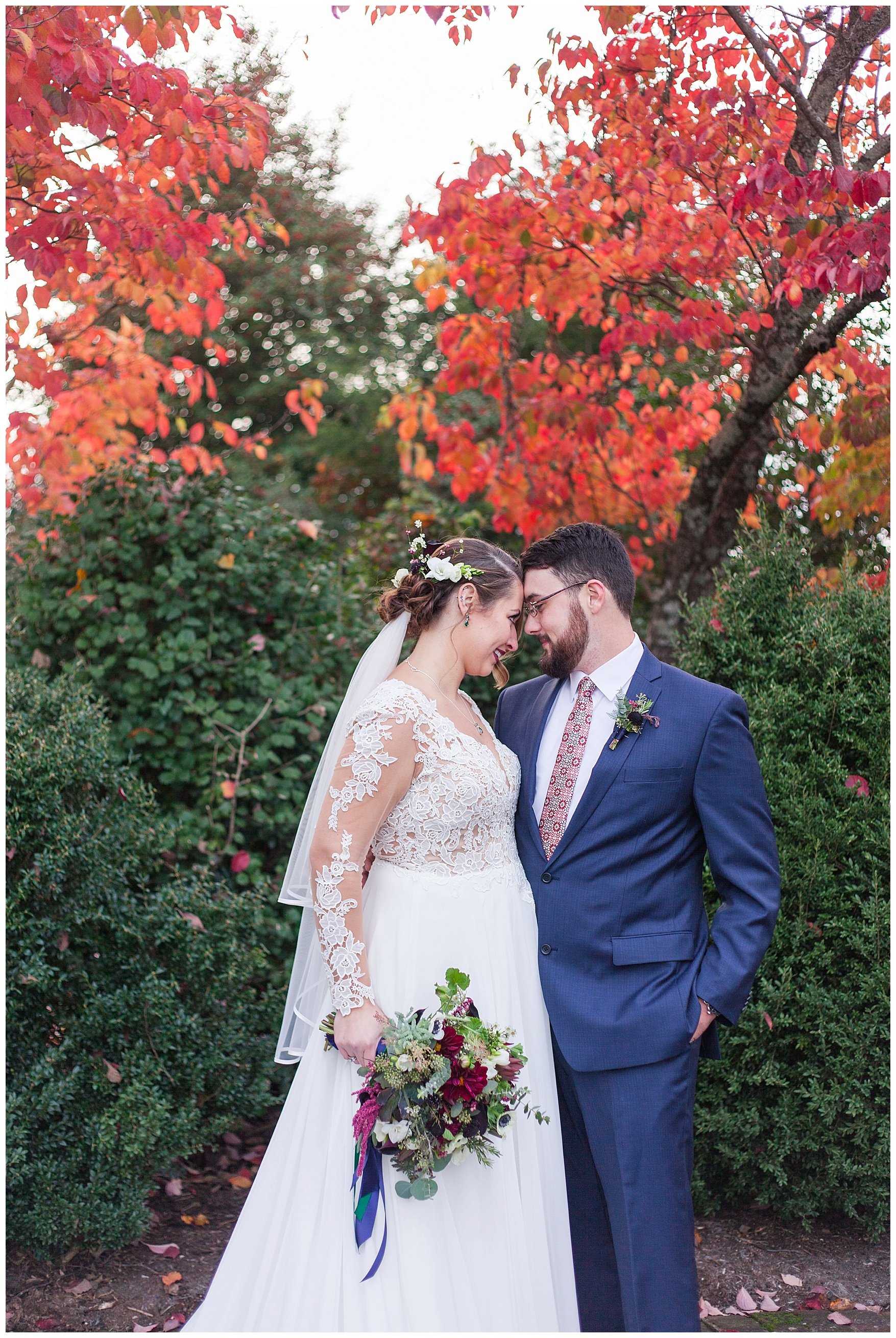 Lynchburg and Charlottesville Wedding Photographer || Fall Wedding at The Trivium Estate in Forest, Virginia || www.ashleyeiban.com