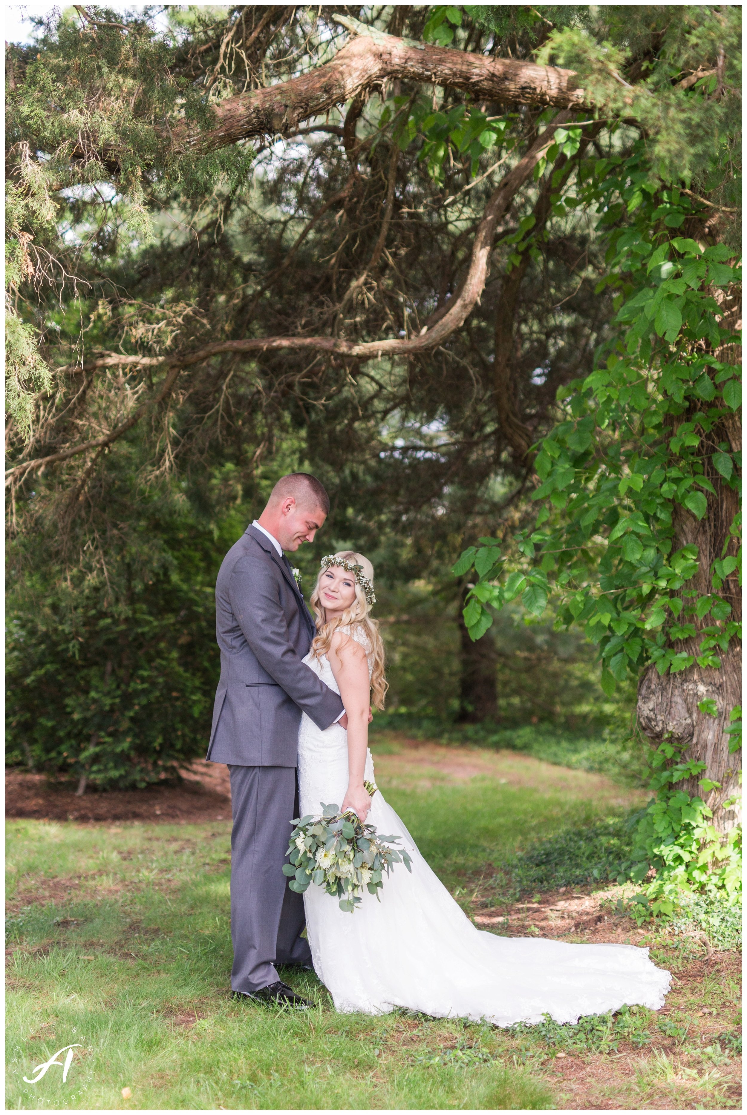 Write here…Lynchburg Virginia Wedding Photographer || Central Virginia Wedding Photos || Ashley Eiban Photography || www.ashleyeiban.com || Early Mountain Vineyard Wedding