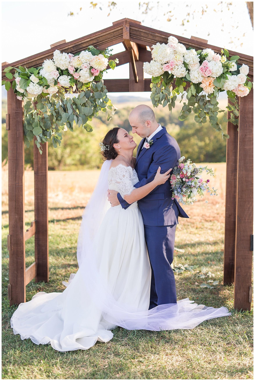 Lynchburg Virginia Wedding Photographer || Central Virginia Wedding Photos || Ashley Eiban Photography || www.ashleyeiban.com || The Glenn Wedding